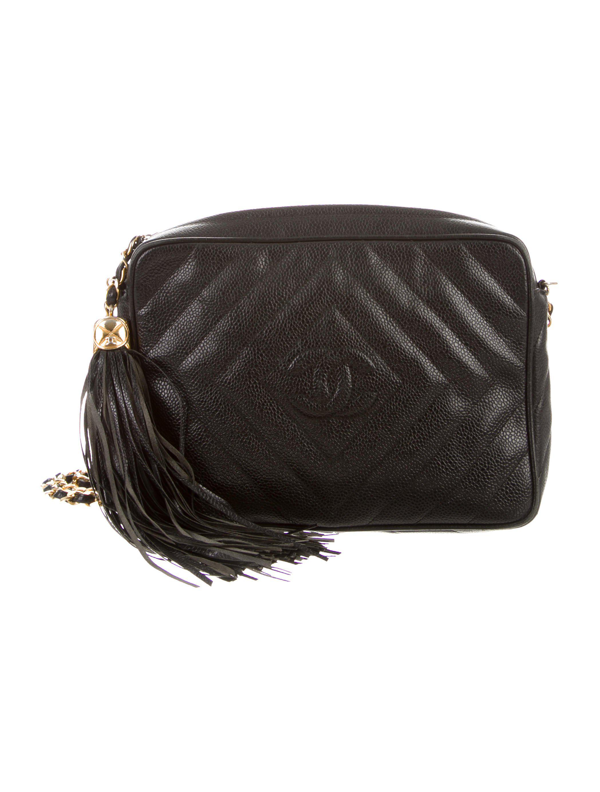 6eeaae471fe8 Lyst - Chanel Vintage Caviar Chevron Camera Bag Black in Metallic