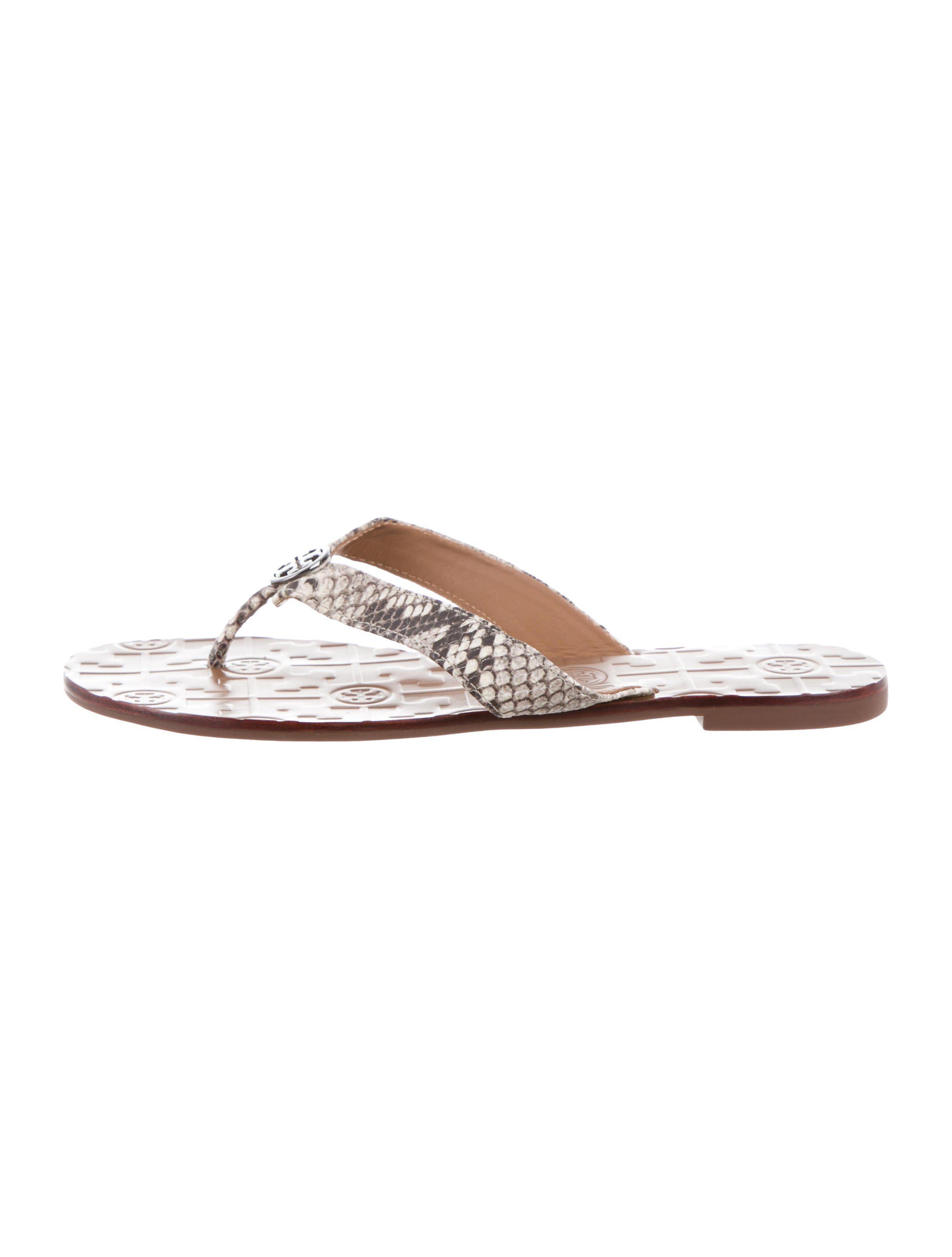 f197136468ef Lyst - Tory Burch Embossed Slide Sandals Beige in Natural
