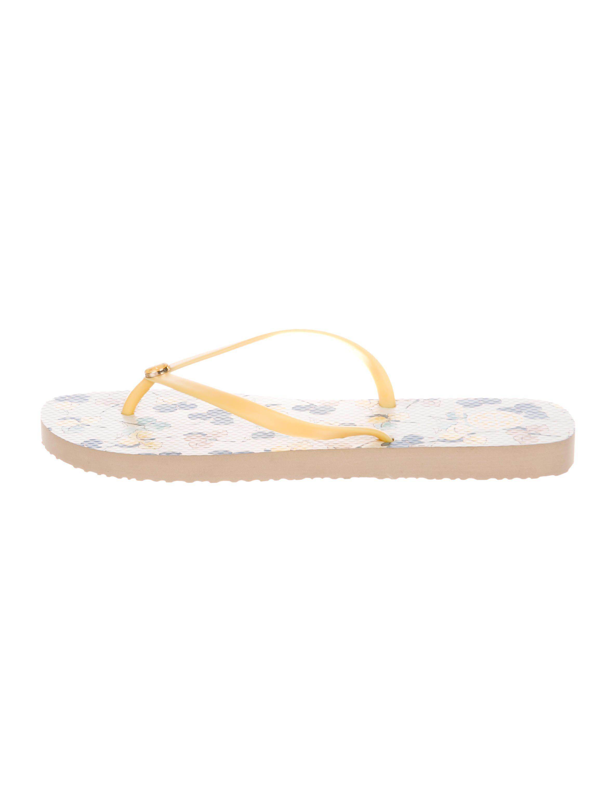 4abe3b211efd Lyst - Tory Burch Logo Thong Sandals in Yellow