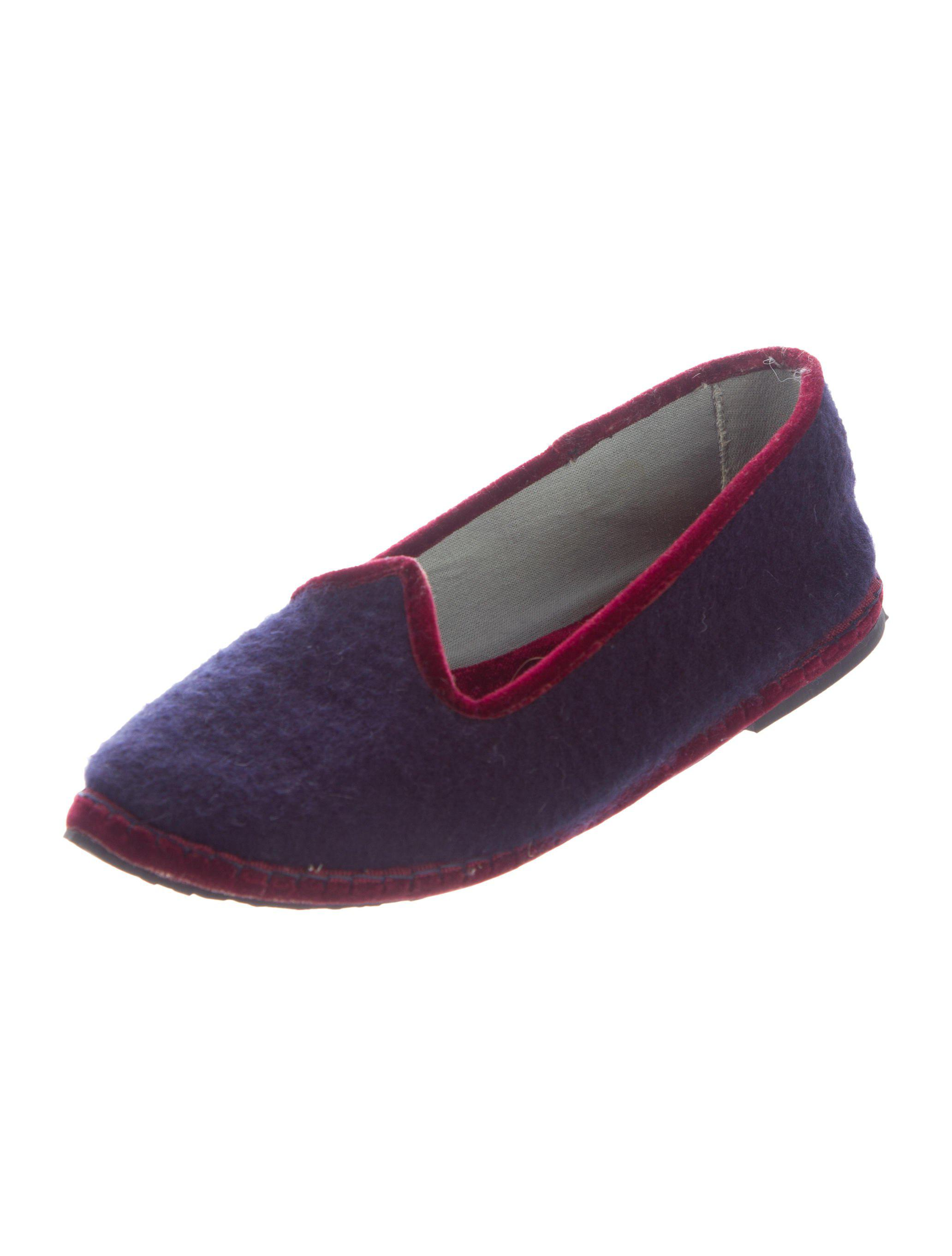 Loro Piana Cashmere Pointed-Toe Loafers cheap looking for Inexpensive for sale discount countdown package buy cheap reliable qxAfakrCN