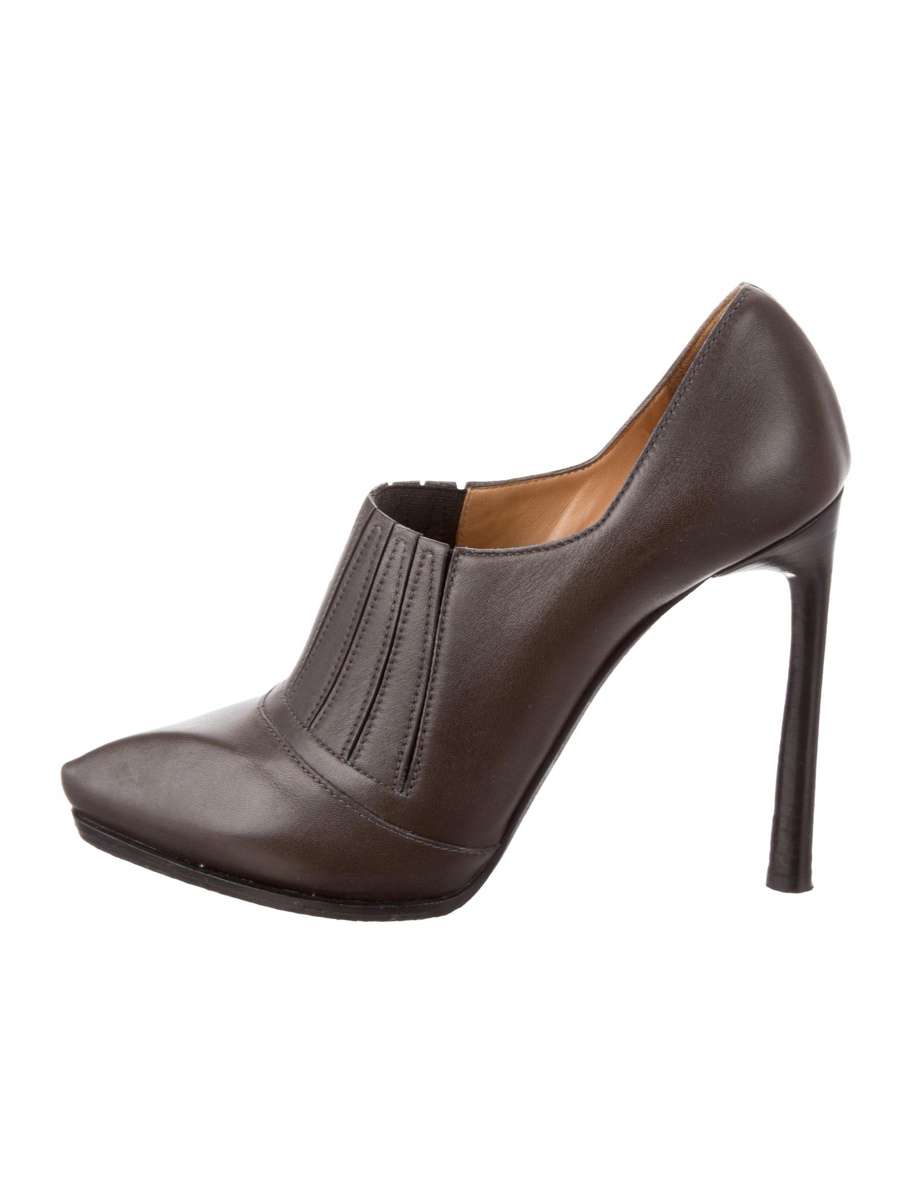 Lanvin Leather Pointed-Toe Booties sast cheap online JsLLe2