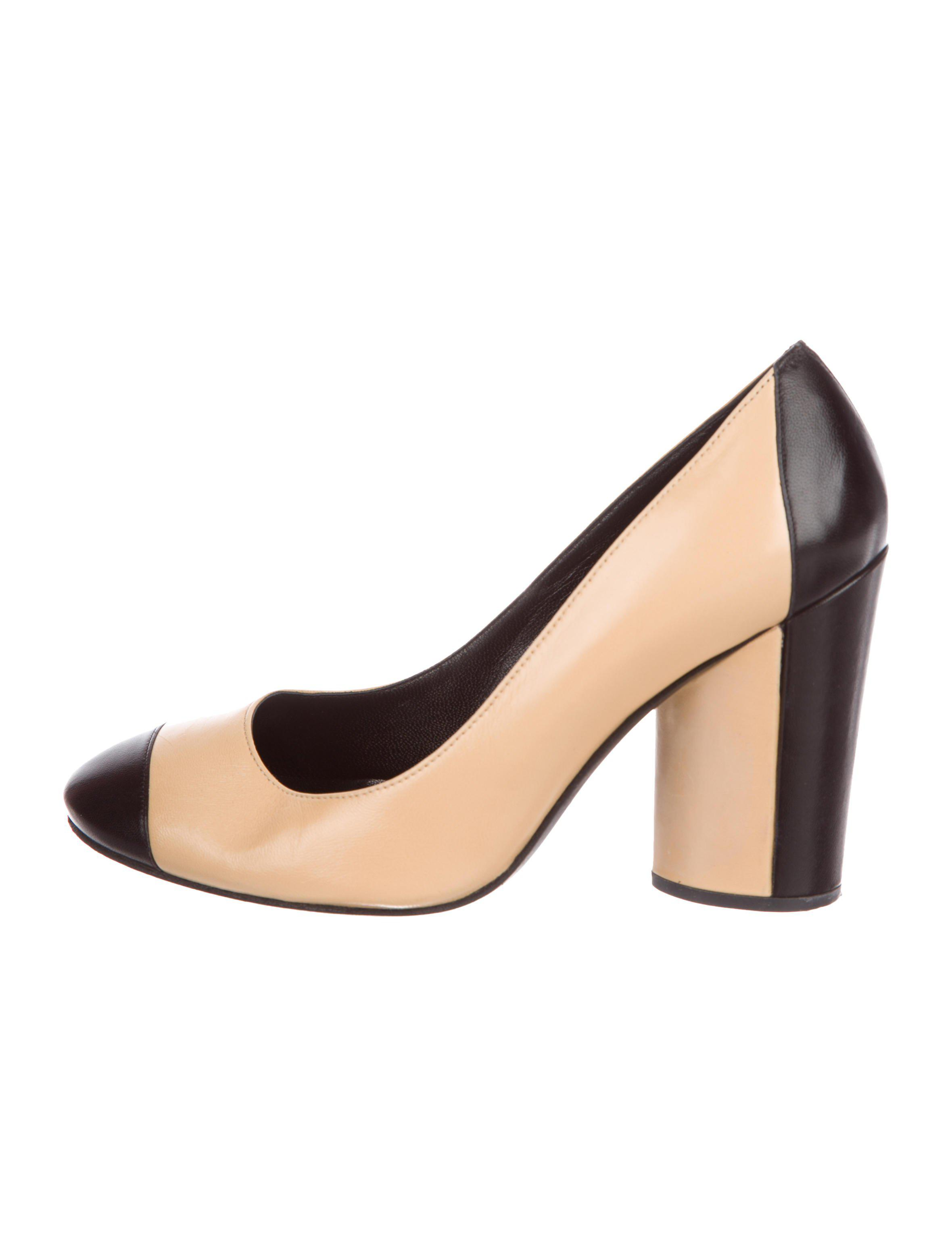 Lyst - Chanel Colorblock Cap-toe Pumps Black in Natural