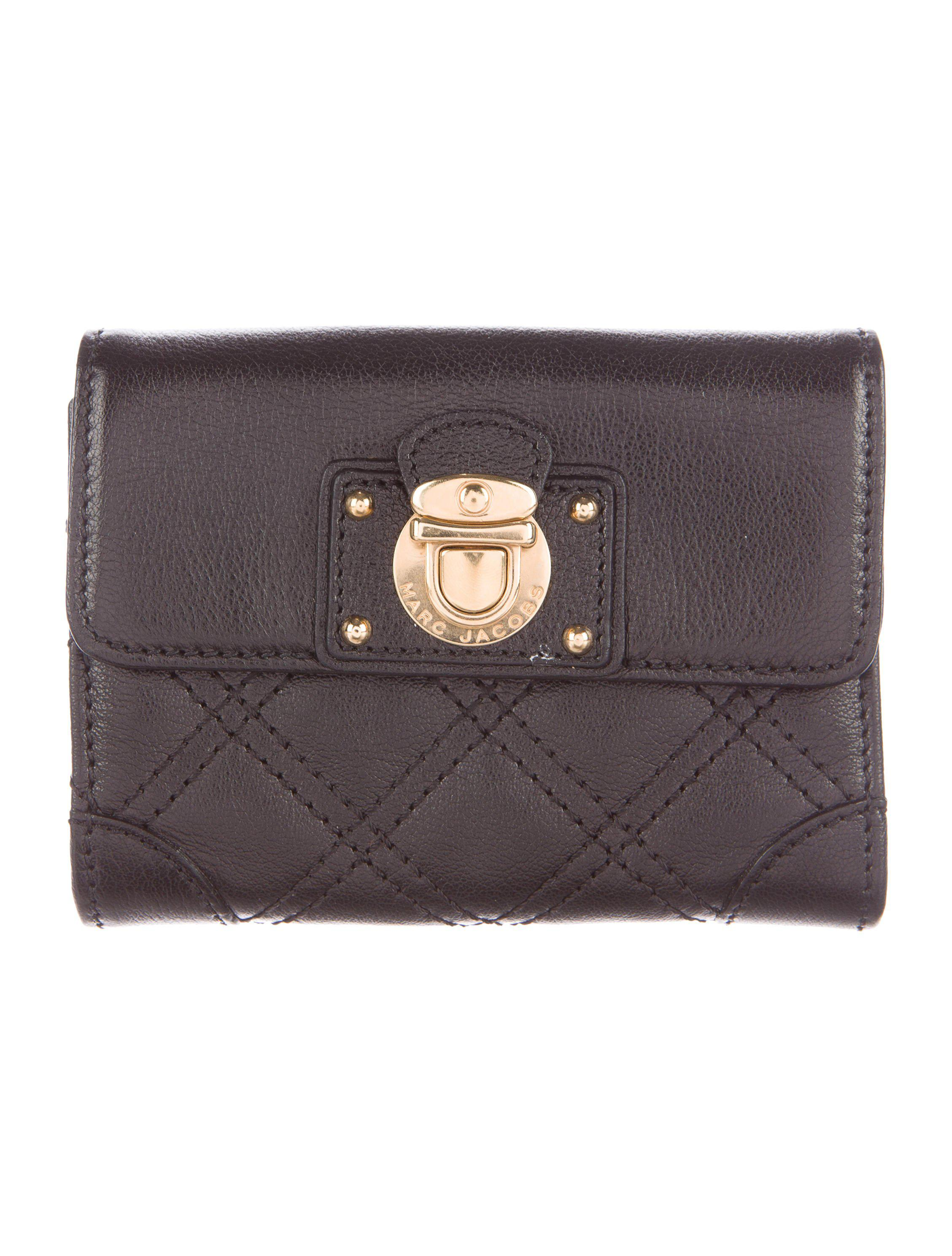 Marc jacobs Quilted Leather Compact Wallet Black in Metallic | Lyst : marc jacobs quilted wallet - Adamdwight.com