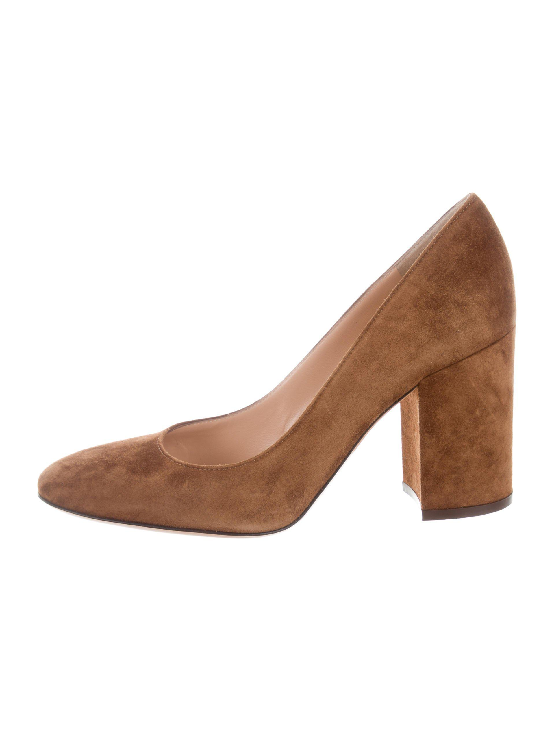 Gianvito Rossi Round-Toe Suede Pumps w/ Tags discount clearance store get to buy sale online clearance outlet locations with credit card online cheap top quality Z51k7vkqT