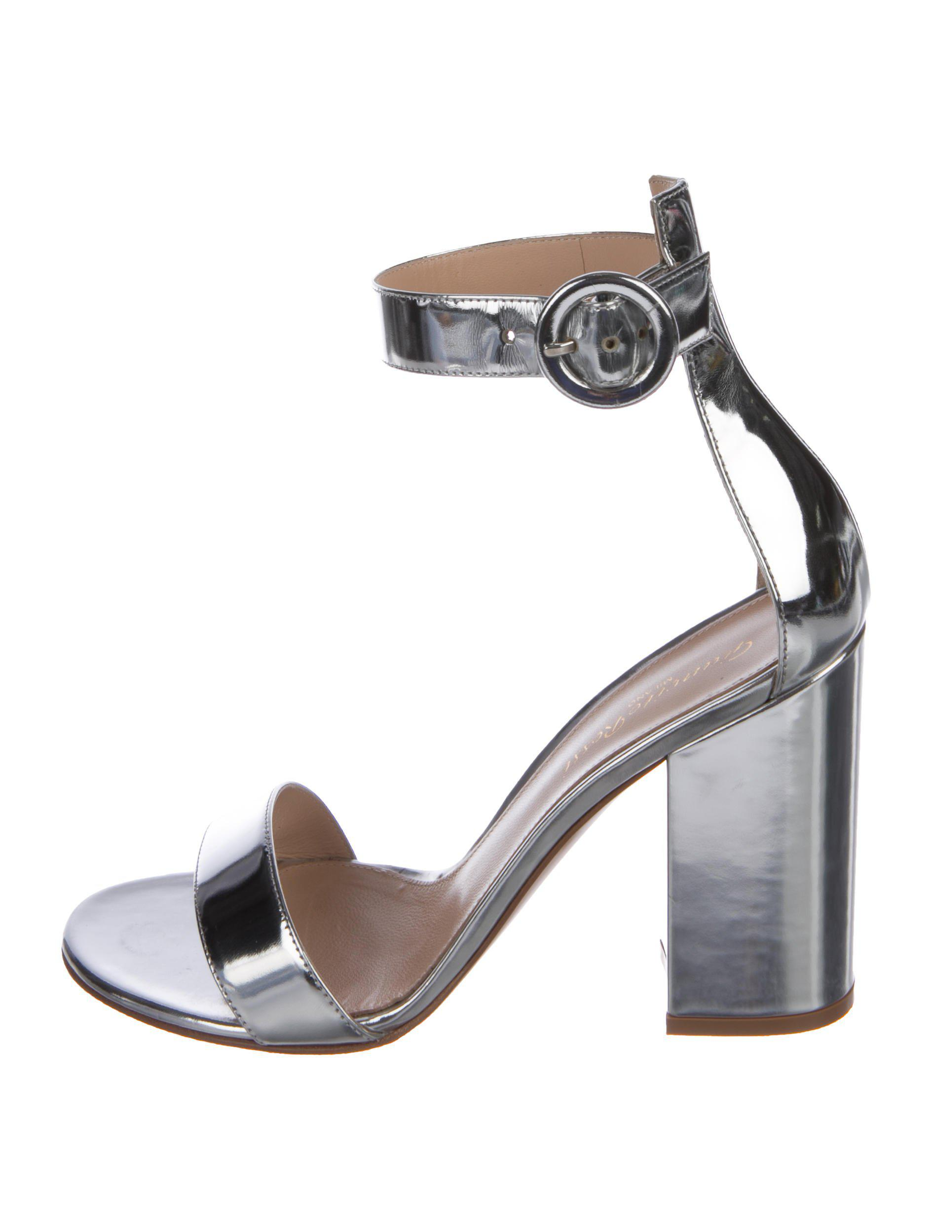 248996975 Lyst - Gianvito Rossi Ankle Strap Sandals Silver in Metallic