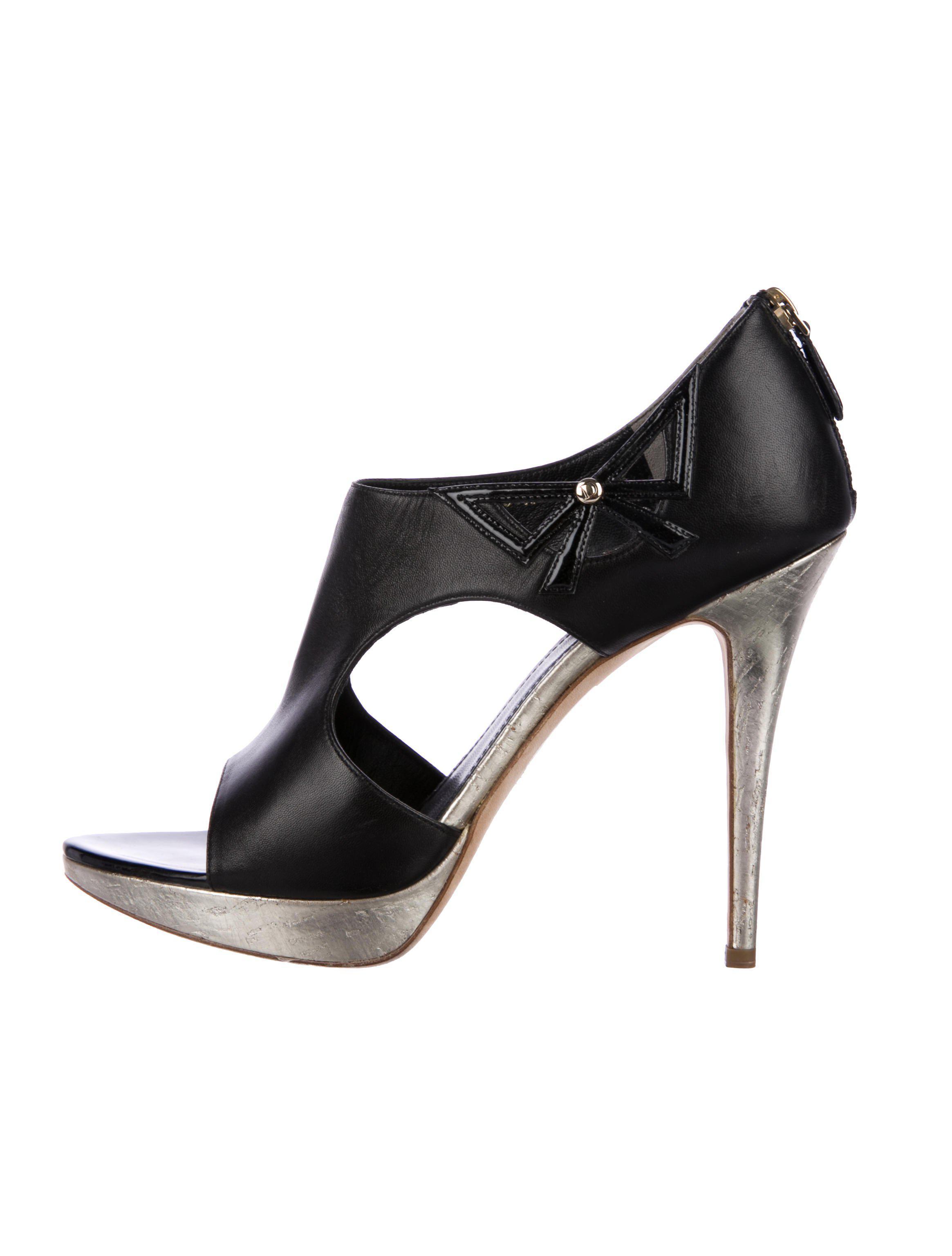 7562a53397 Lyst - Dior Peep-toe Platform Pumps Black in Metallic