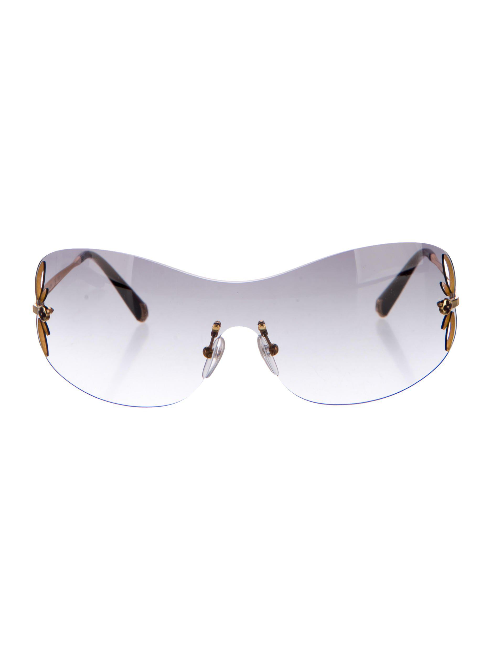 2208728c3603 Lyst - Louis Vuitton Lily Mask Sunglasses Gold in Metallic