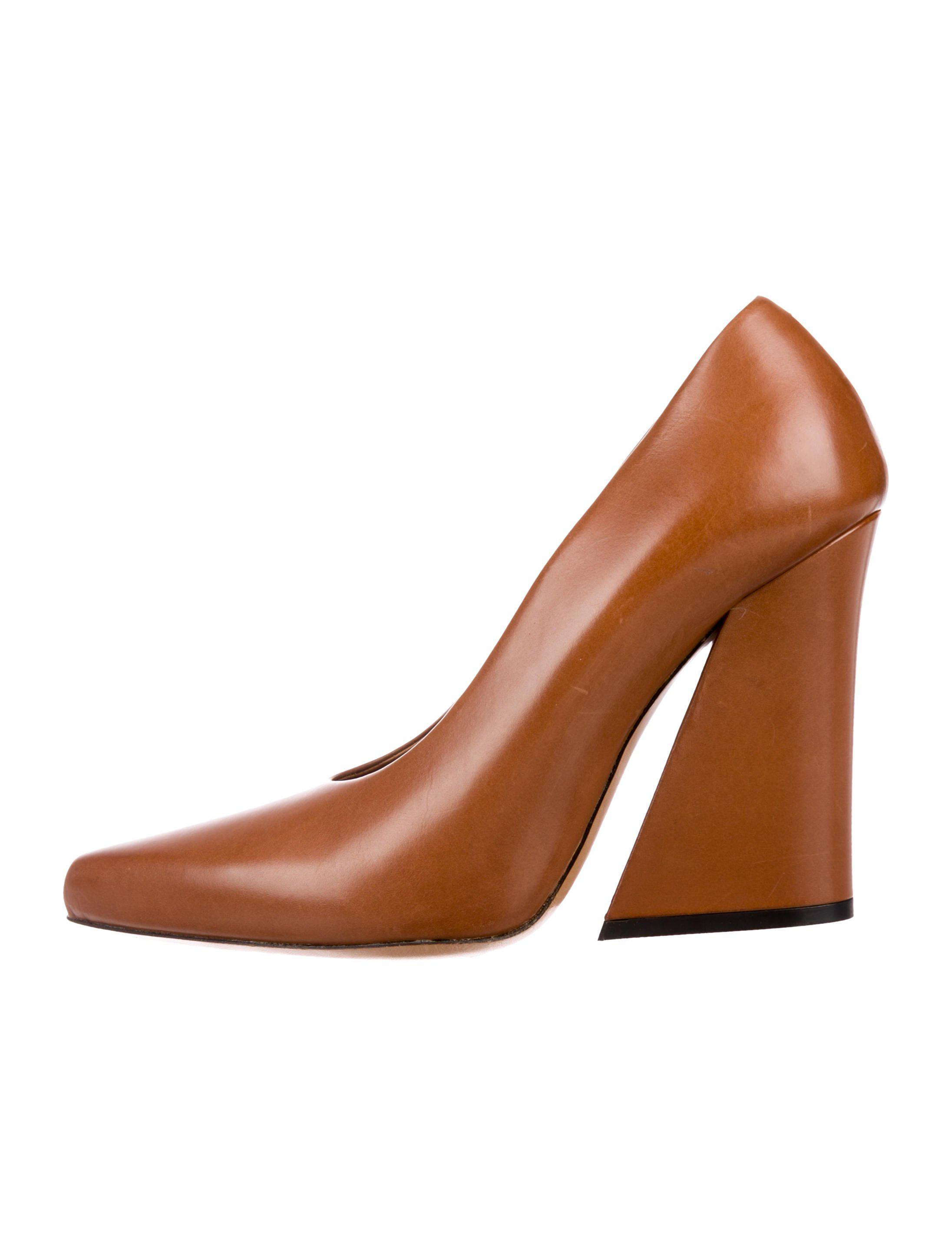 1280a7bdbeccfa Lyst - Dries Van Noten Pointed-toe Leather Pumps Tan in Natural