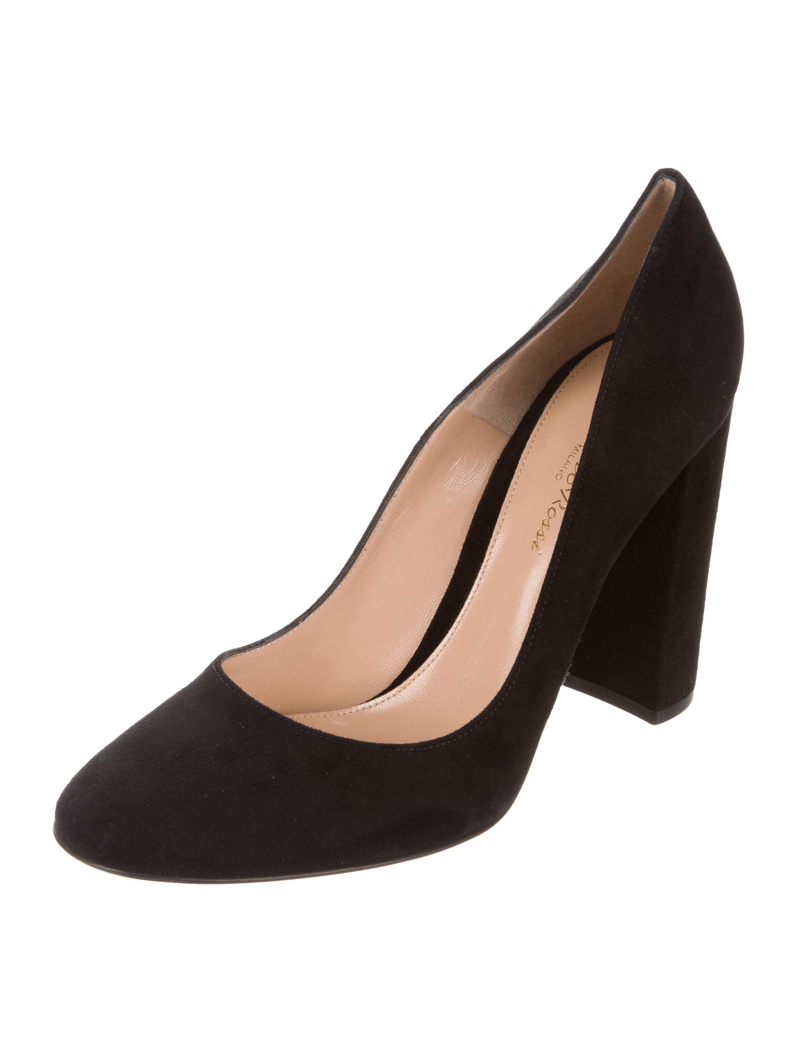 discount for sale Gianvito Rossi Linda Suede Pumps w/ Tags footlocker finishline for sale professional for sale free shipping 2014 unisex cheap real finishline qeQ1nj