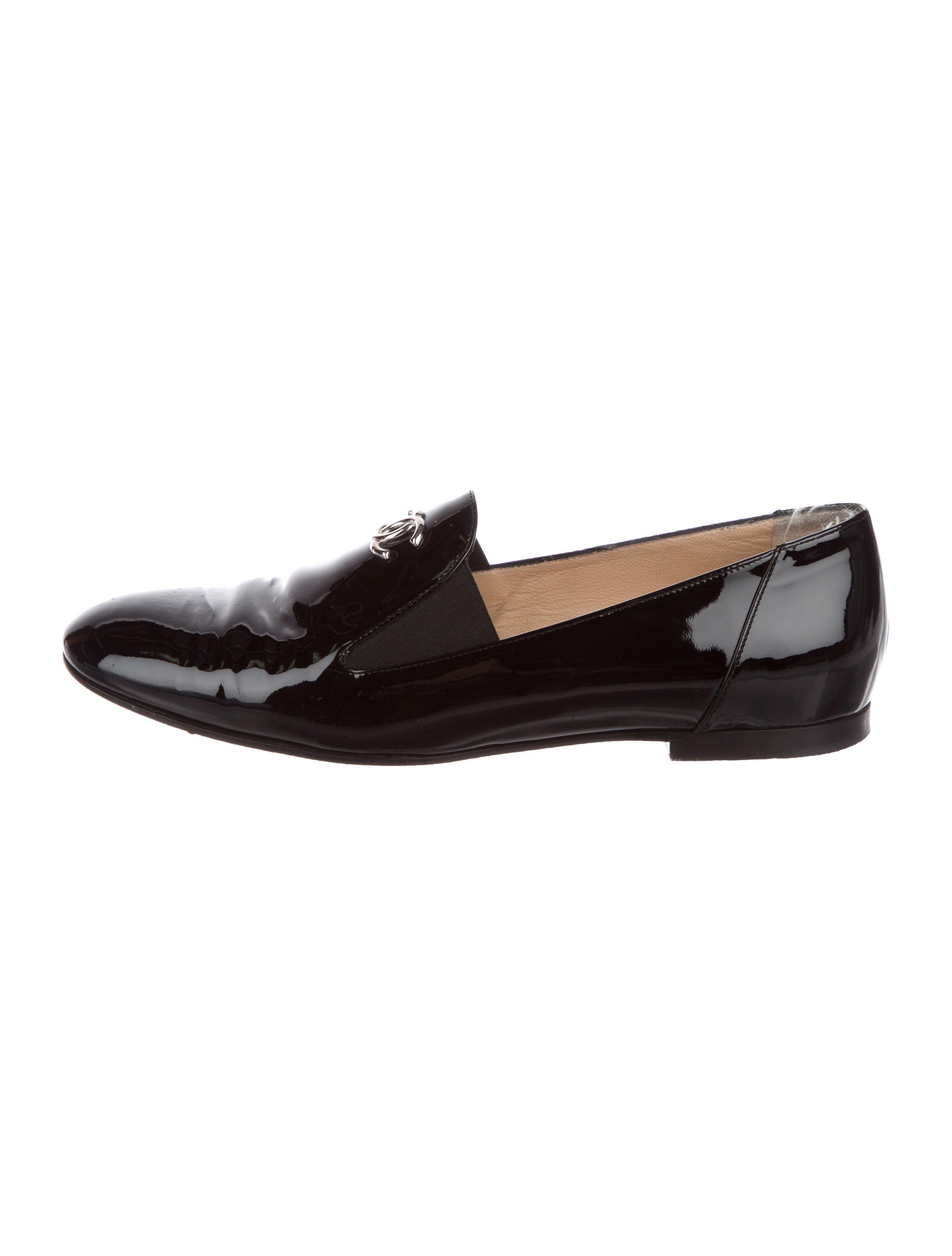 254d5cd2b02 Lyst - Chanel Patent Leather Cc Loafers in Black