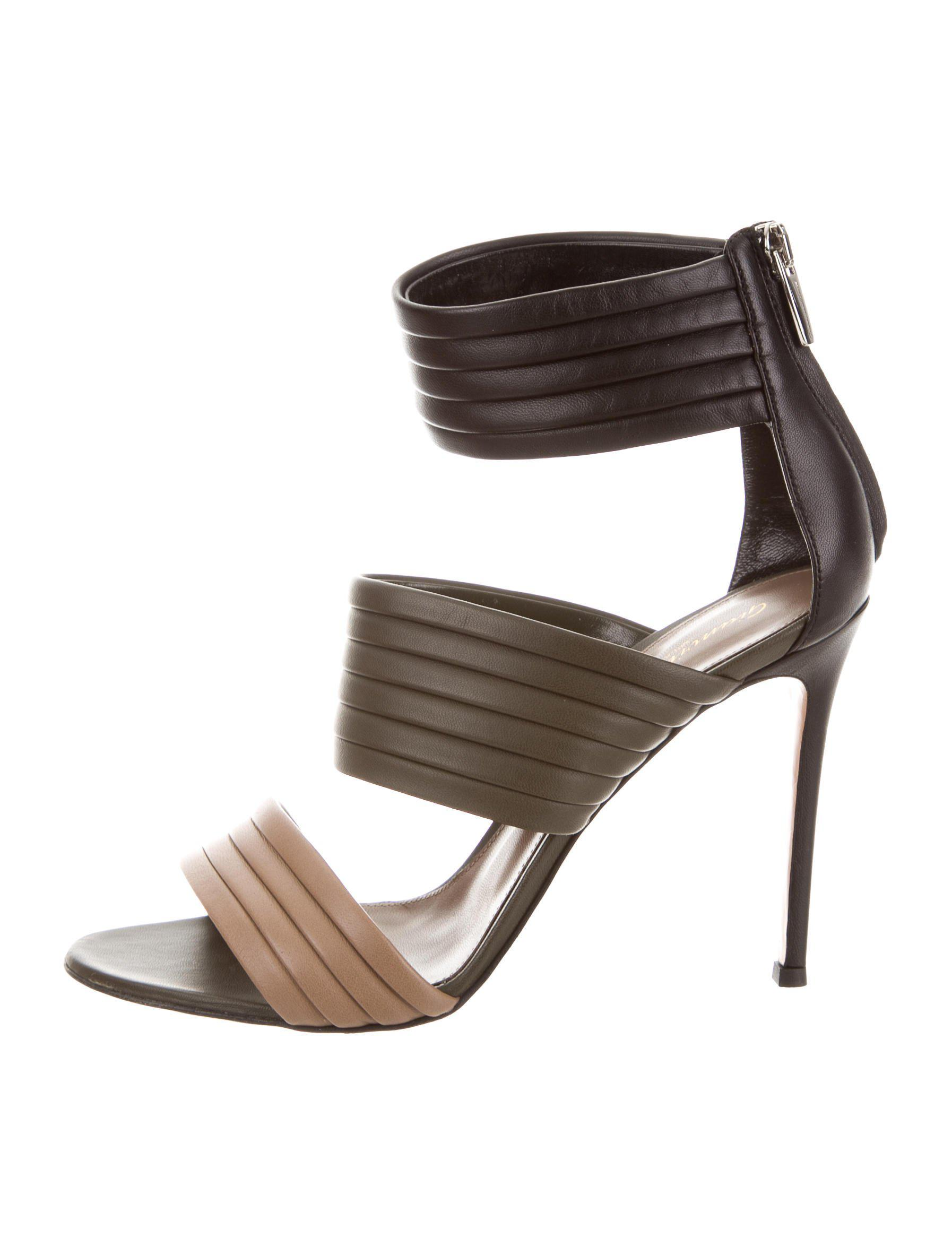Gianvito Rossi Cutout Zip Sandals w/ Tags browse for sale free shipping outlet locations PNjipel1