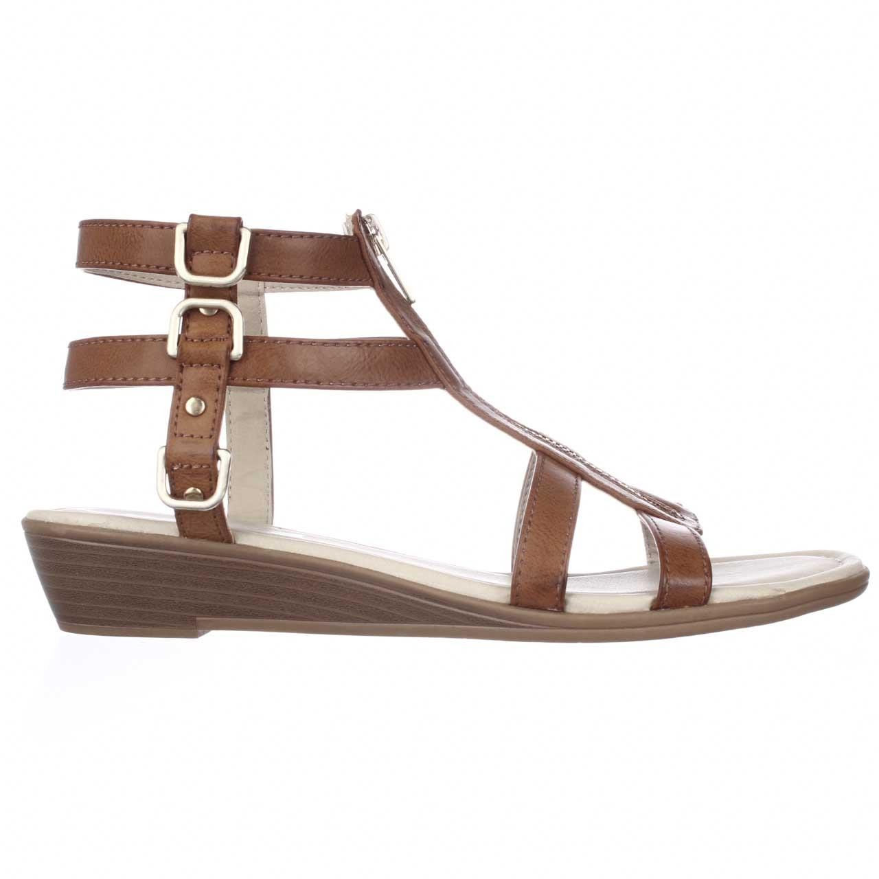 Lyst Rialto Gracia Front Zip Gladiator Sandals In Natural