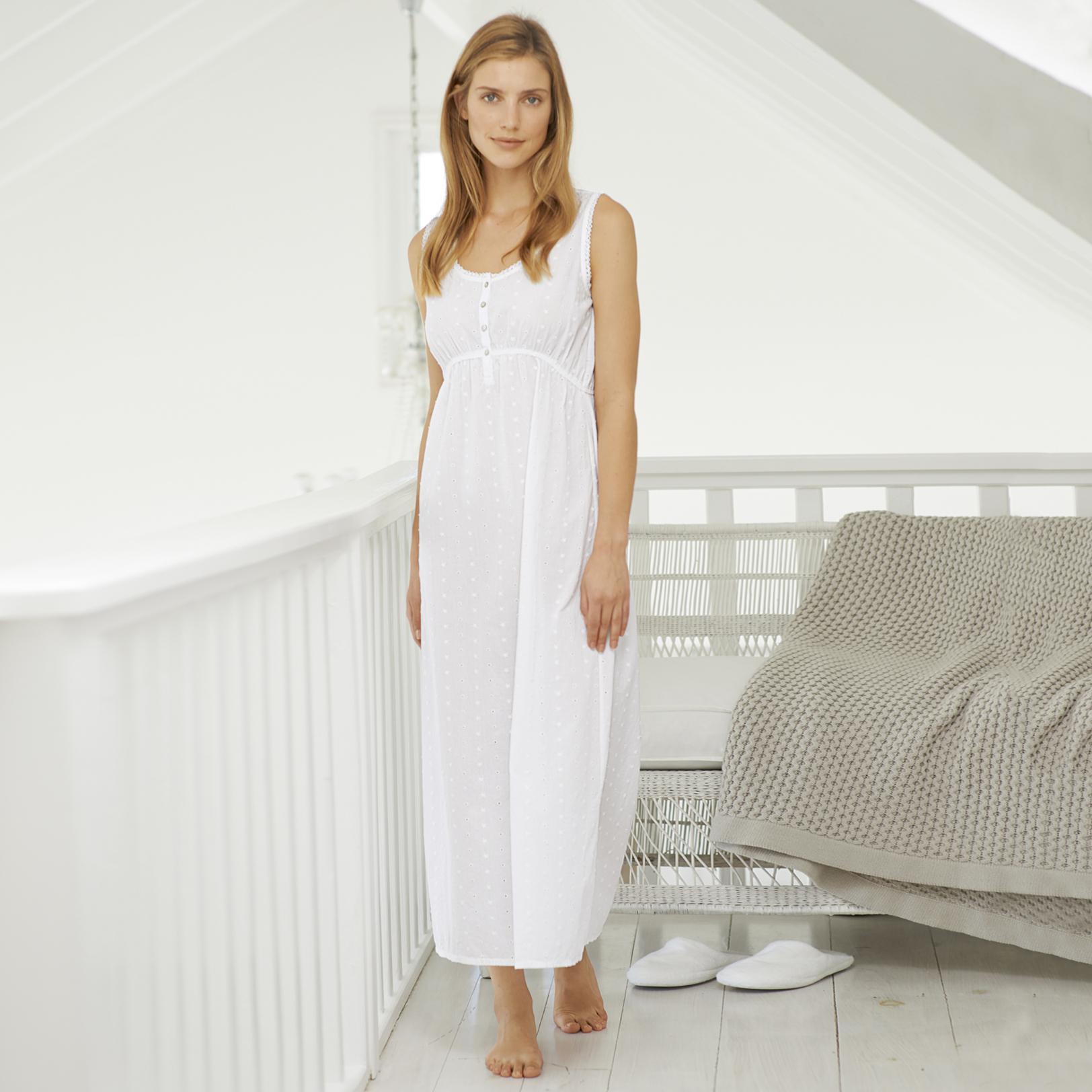 Lyst - The white company Lace Trim Dobby Long Night Gown in White