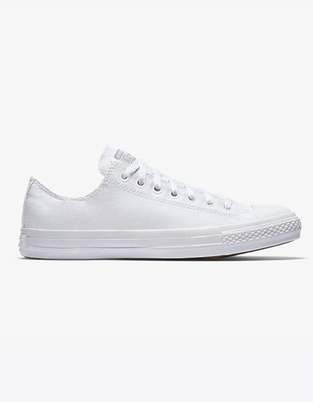 bb674f85fd21 Gallery. Previously sold at  Tillys · Women s Converse Chuck Taylor ...