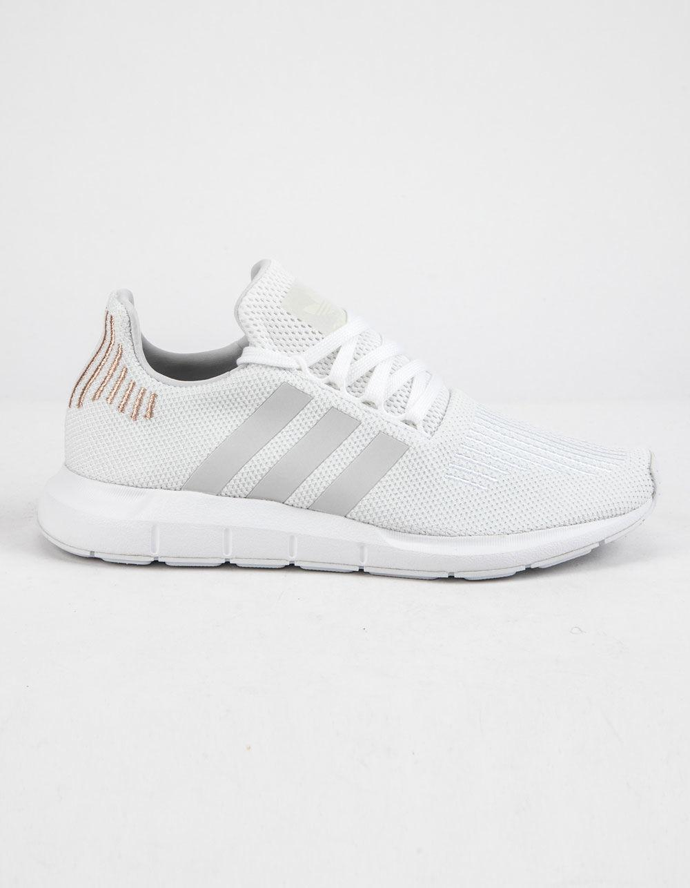 9e9942b80 Lyst - adidas Swift Run Cloud White   Crystal White Womens Shoes in ...