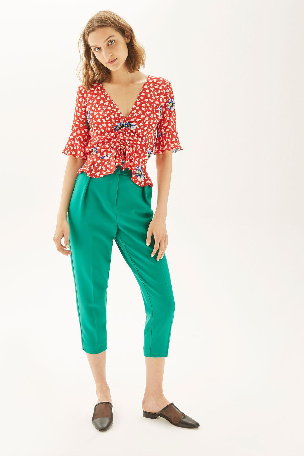 6de943e95452f3 TOPSHOP Tall Floral Ruched Blouse in Red - Lyst
