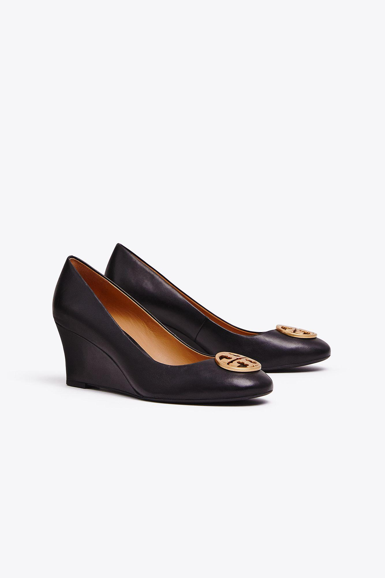 f1c7be2d31 Tory Burch Chelsea Wedges in Black - Save 2% - Lyst