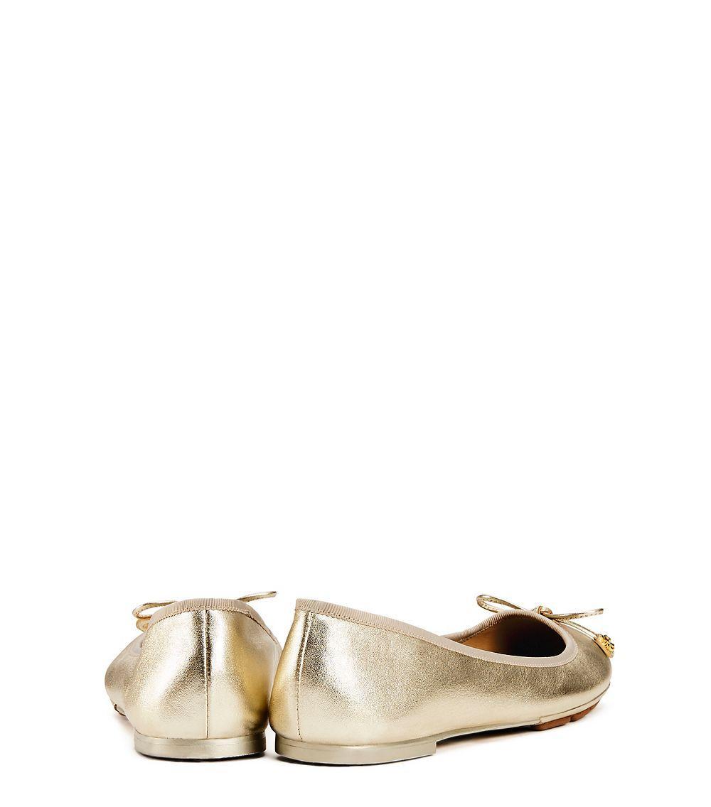 f2e26587e88b Tory Burch Laila Metallic Driver Ballet Flat in Metallic - Lyst