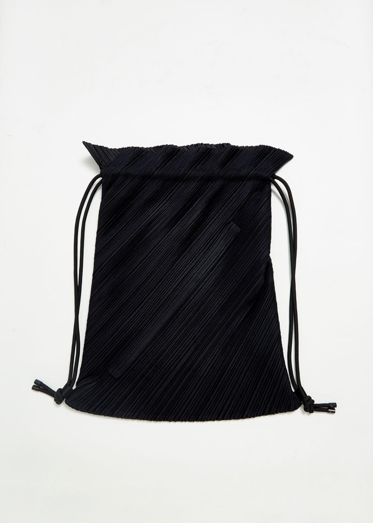 fc0497d526 Pleats Please Issey Miyake Drawstring Pleats Bag in Black - Lyst