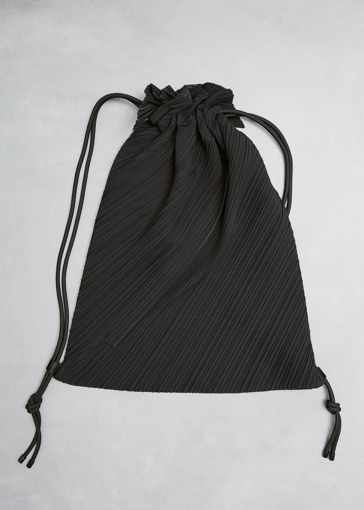 caf1e7cd1c81 Pleats Please Issey Miyake Drawstring Pleats Bag in Black - Lyst