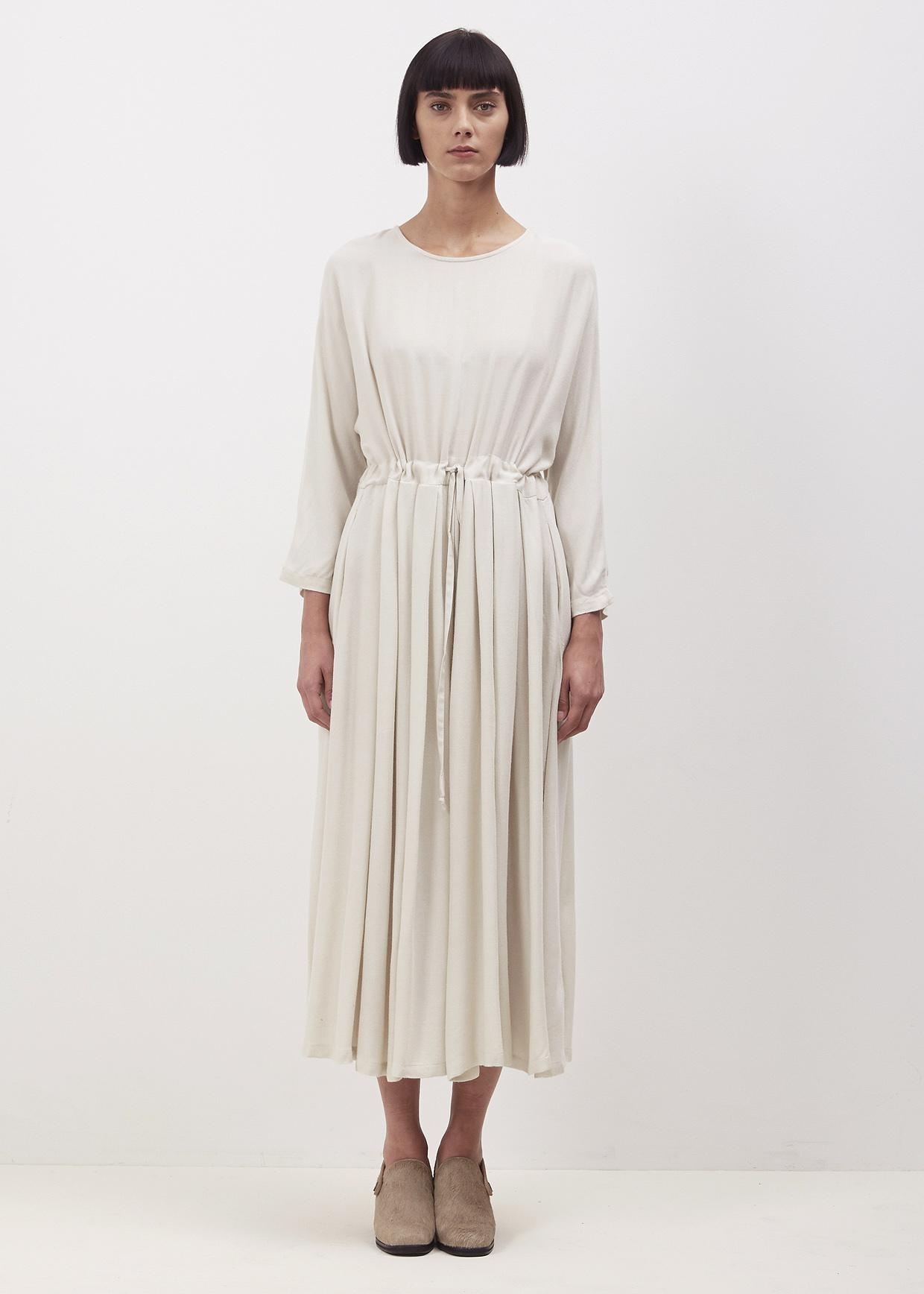 Find cream from the Womens department at Debenhams. Shop a wide range of Dresses products and more at our online shop today. Menu Natural lace top pleated skirt dress Save. Was £ Now £ Sistaglam Nude 'Loretta' embellished maxi dress Save. Was £ .