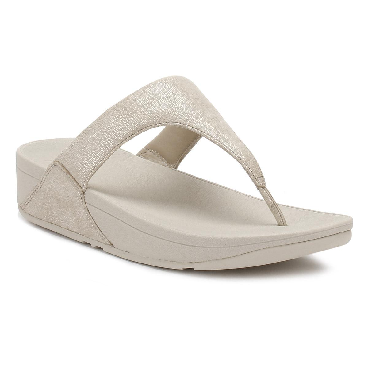 41df20e86 Lyst - Fitflop Womens Pale Gold Shimmy Suede Toe Post Sandal in Metallic