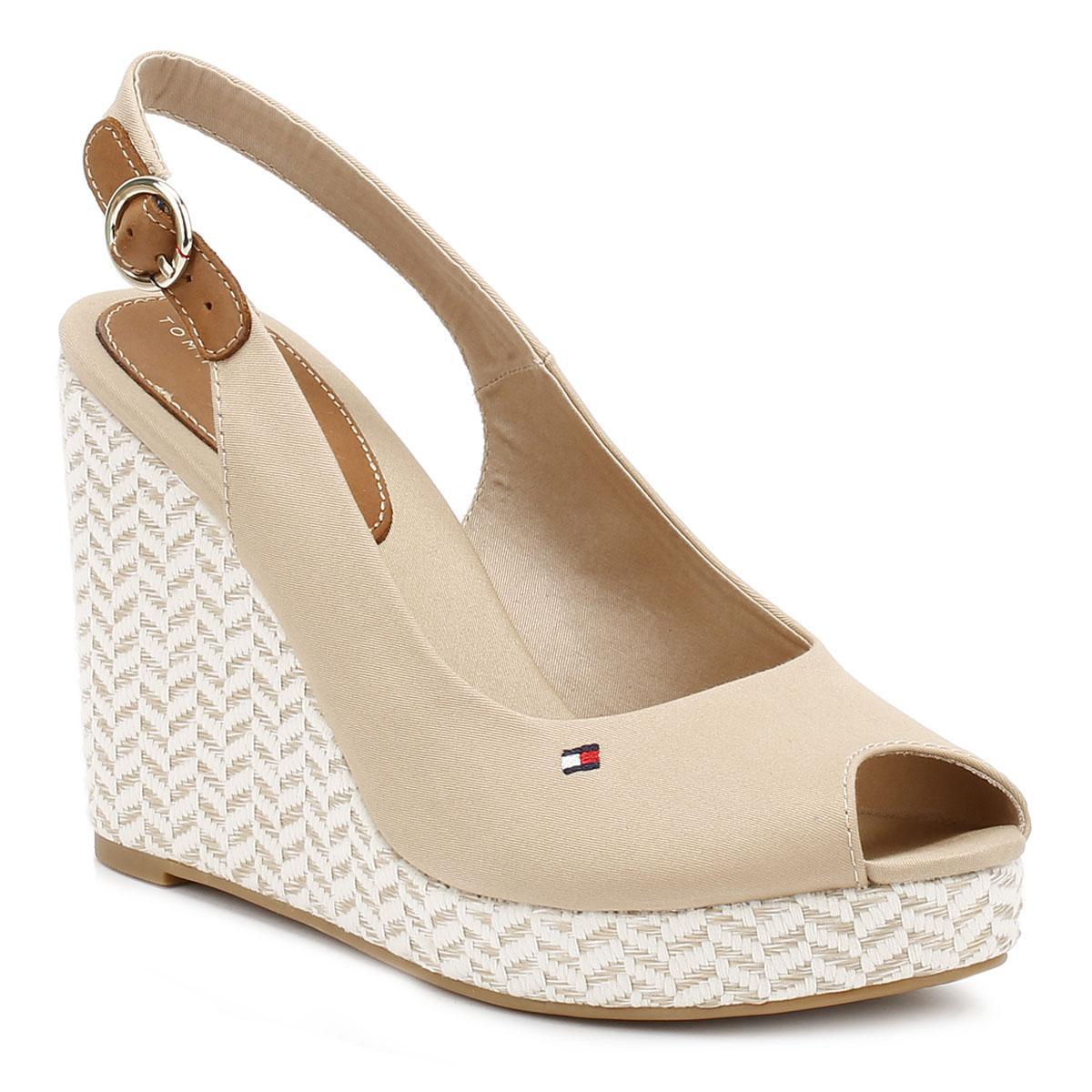 Tommy Hilfiger Fw0fw02788 Women S Sandals In Beige In