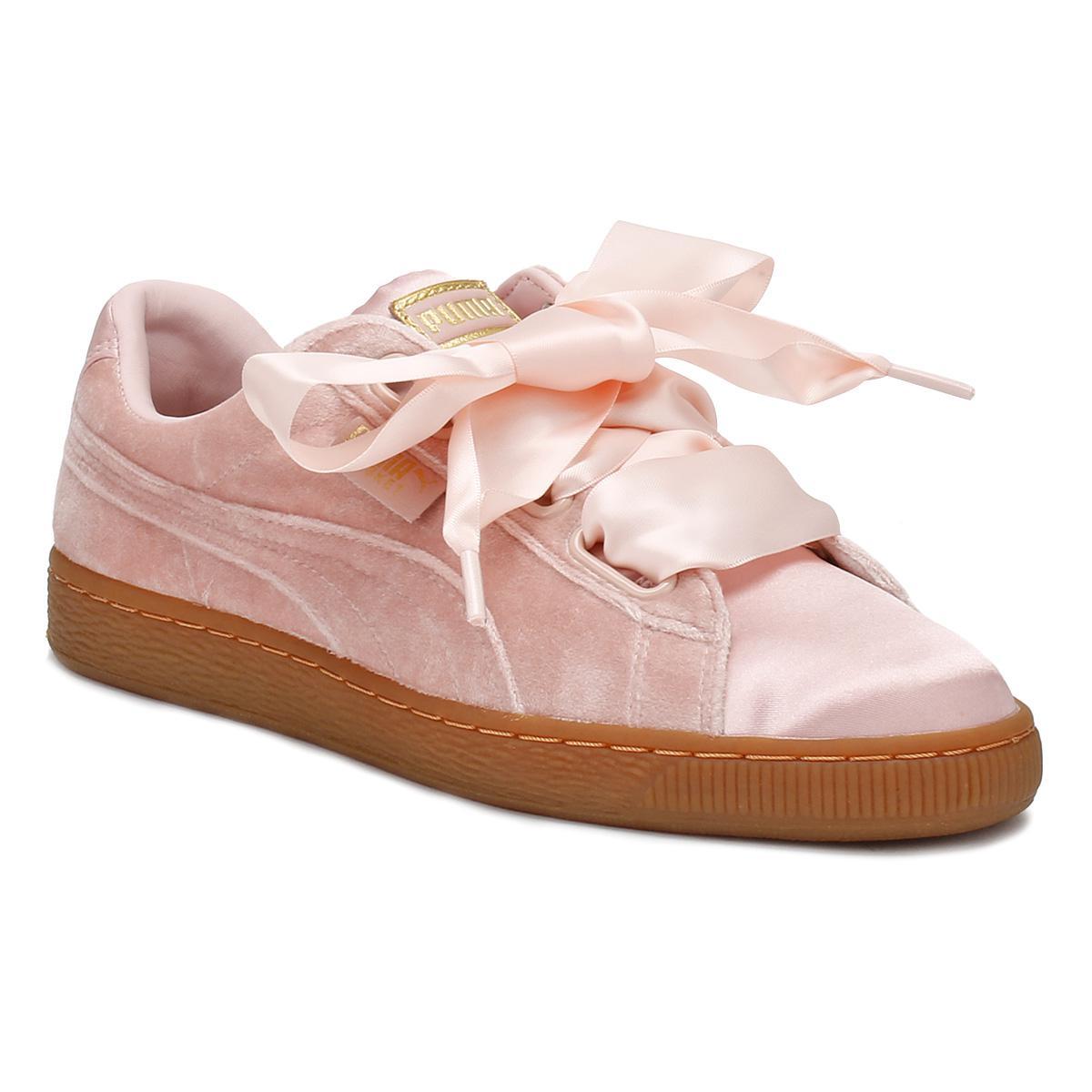 ff0f418679f Lyst - PUMA Womens Pink   Gum Velvet Basket Heart Trainers Women s ...