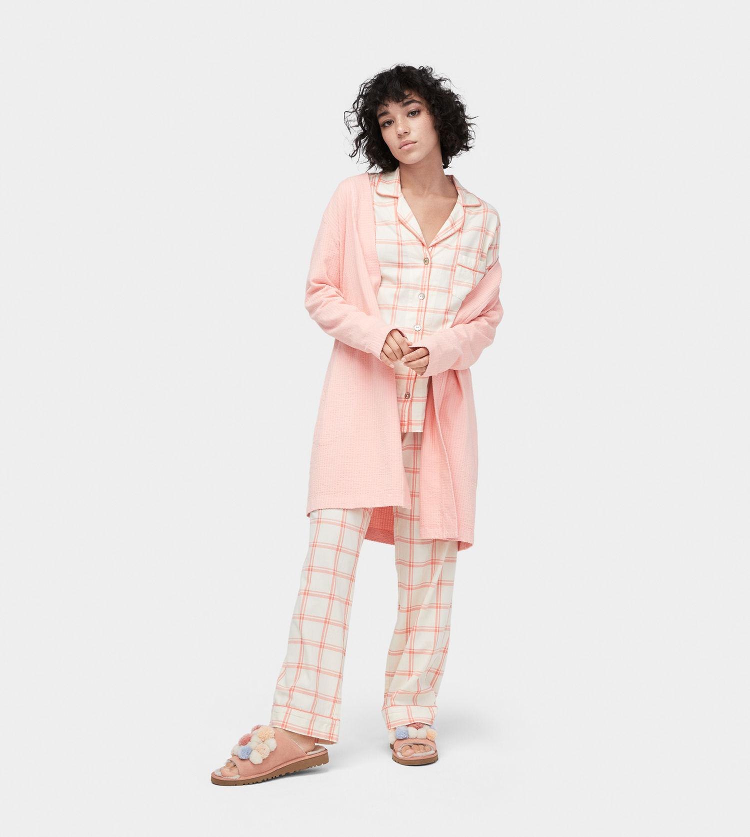Gallery. Previously sold at  UGG · Women s Ugg Duffield Women s Equipment  Avery Women s Fluffy Robes ... a22488319