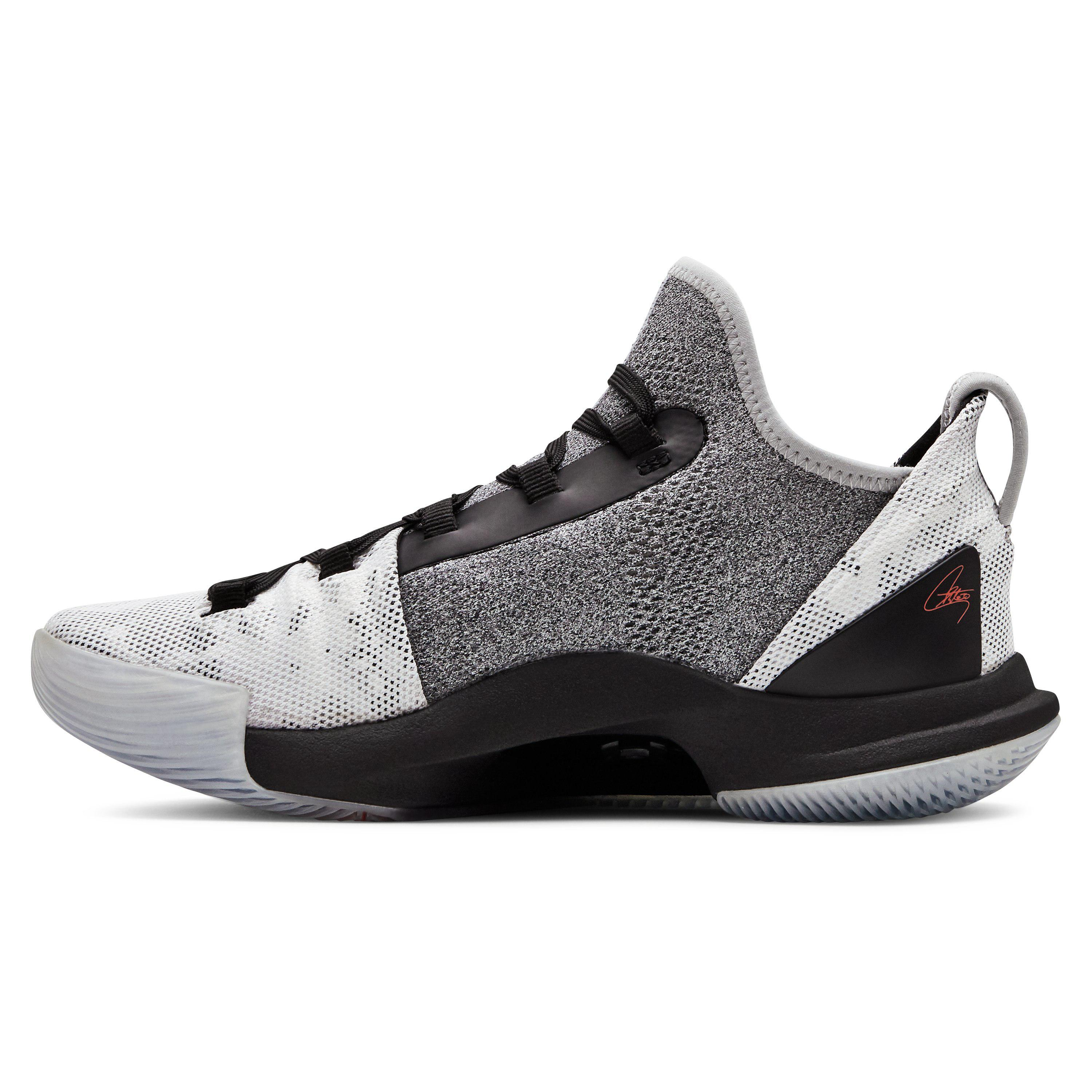 1f067d05cb2d Under Armour Grade School Ua Curry 5 Basketball Shoes in Black for ...