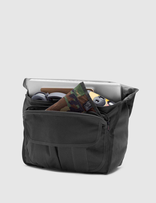 Lyst - Chrome Industries Buran Ii Messenger Bag in Black for Men 89af5ce07cd02