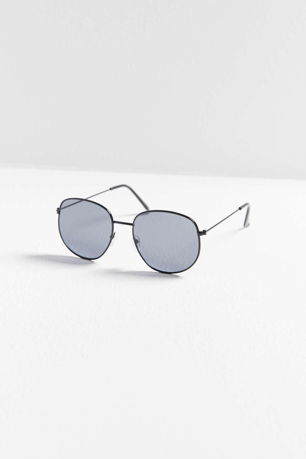 33ea8d507fbd Lyst - Urban Outfitters Catch You Later Square Sunglasses in Black