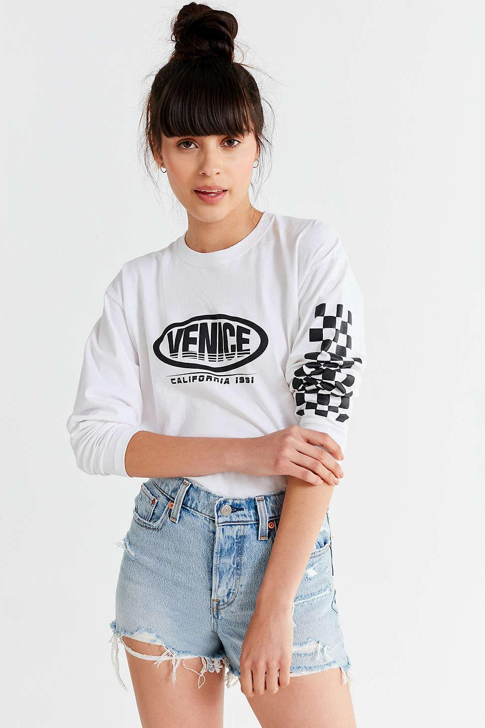 6c2ad952a9 Urban Outfitters Venice Long Sleeve Tee in White - Lyst