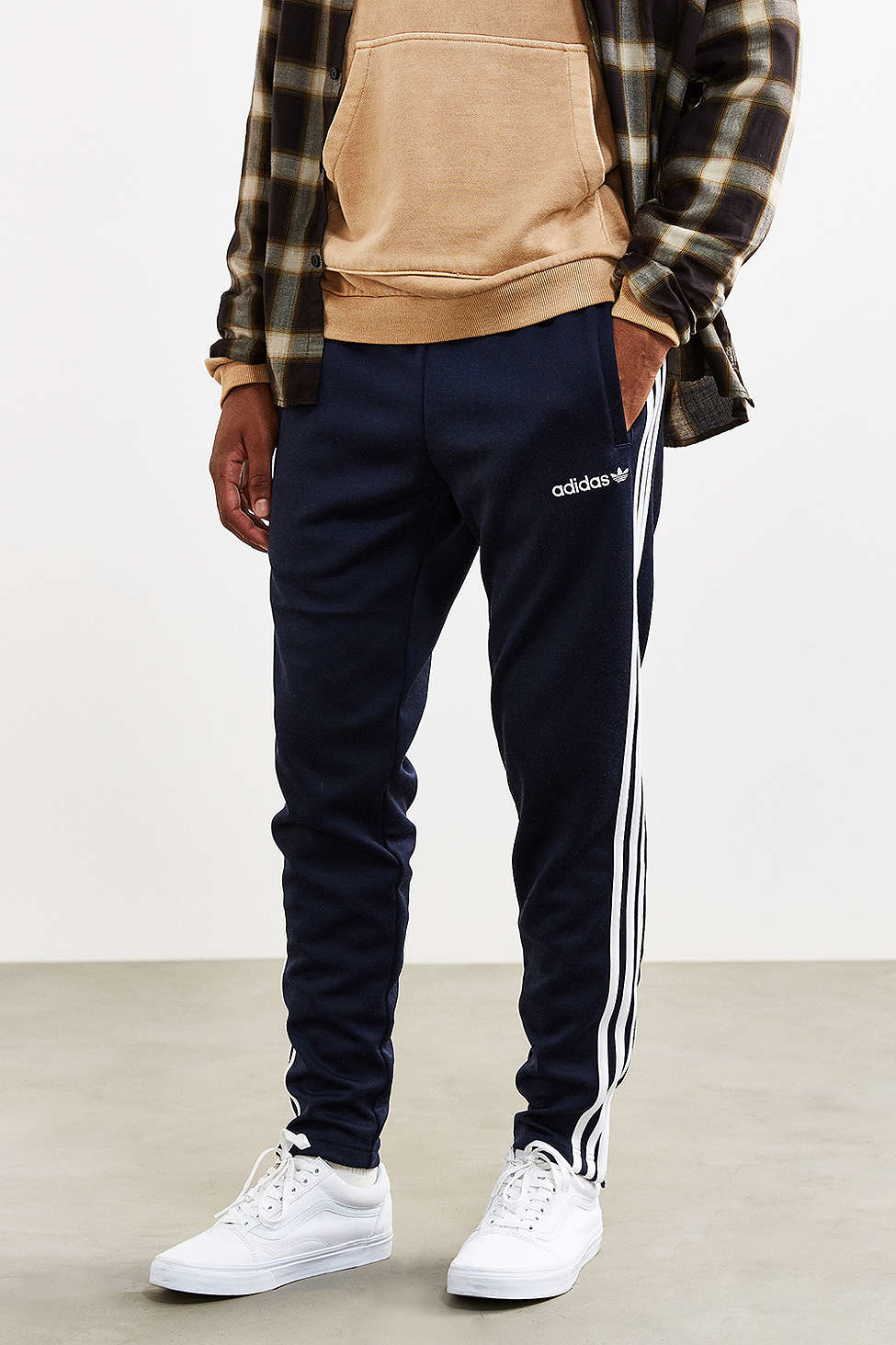 Adidas originali + 60) track pantaloni in blu per gli uomini lyst