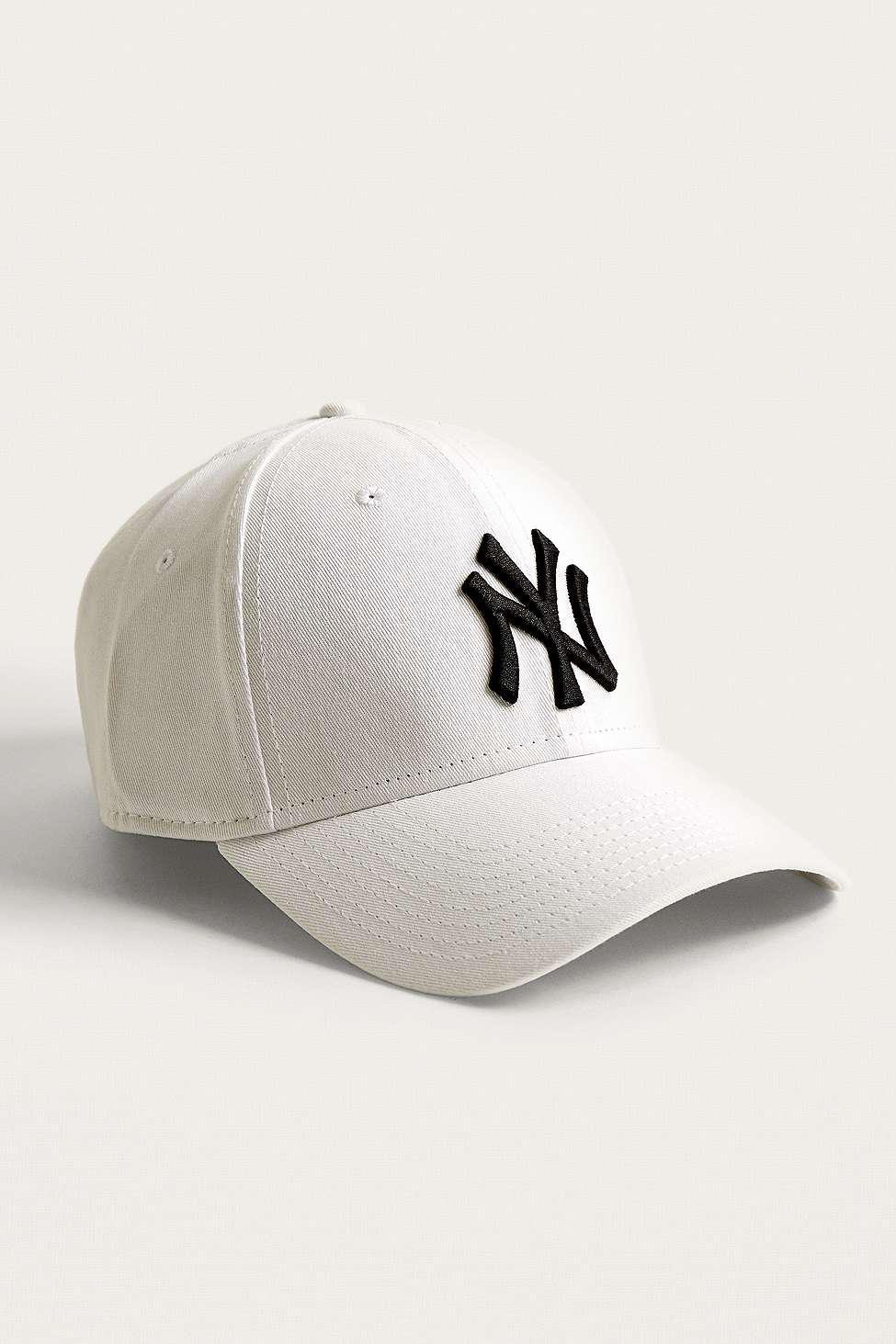 b0053f0fd56 KTZ 9forty Ny Yankees White Cap - Mens All in White for Men - Lyst