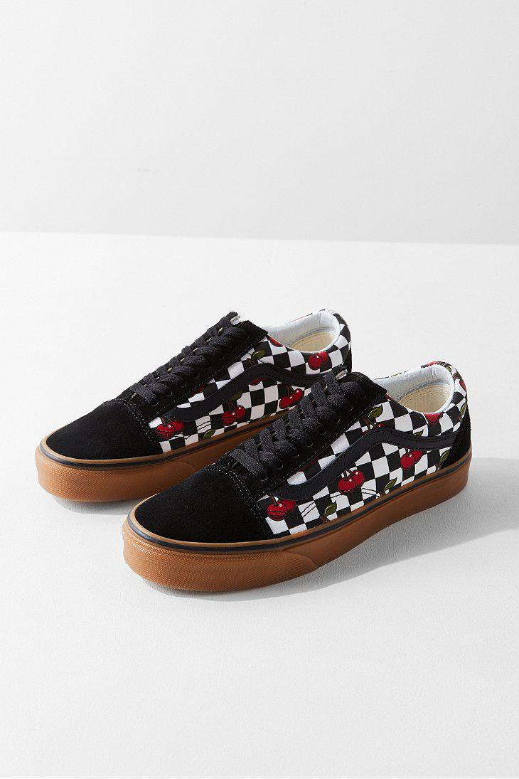 fa36e7bd389a Vans Vans Cherry Checkerboard Old Skool Sneaker in Black - Lyst