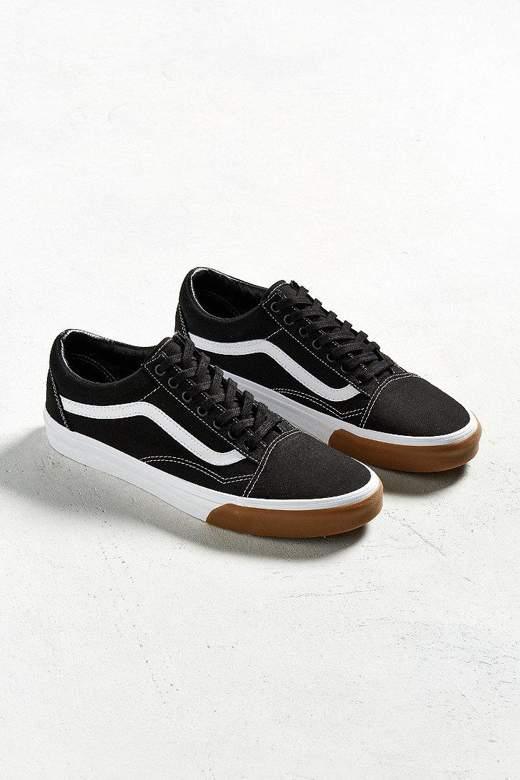 vans old skool black with gum sole