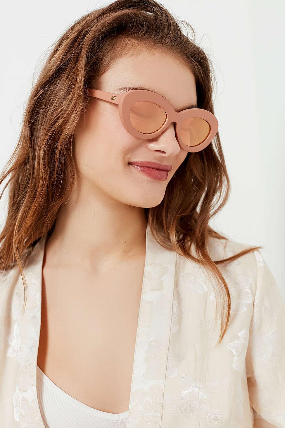 beec3d2d378 Lyst - Le Specs Fluxus Oval Sunglasses in Pink