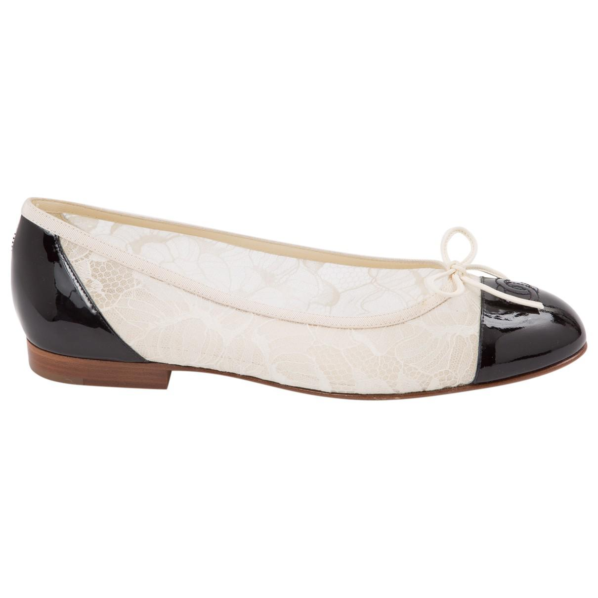 Pre-owned - Patent leather flats Chanel xHCn9