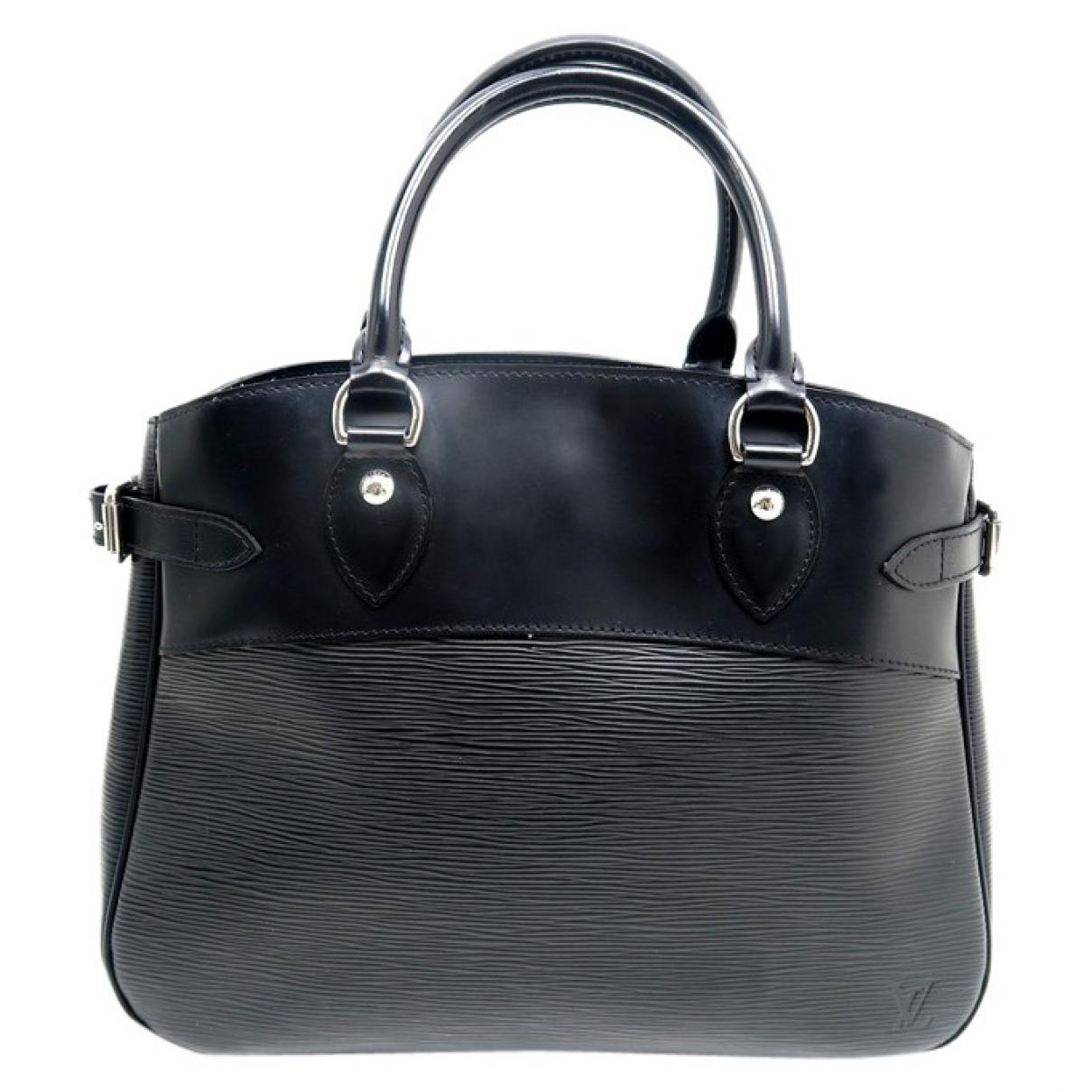 98d9064417c3 Lyst - Louis Vuitton Pre-owned Leather Handbag in Black