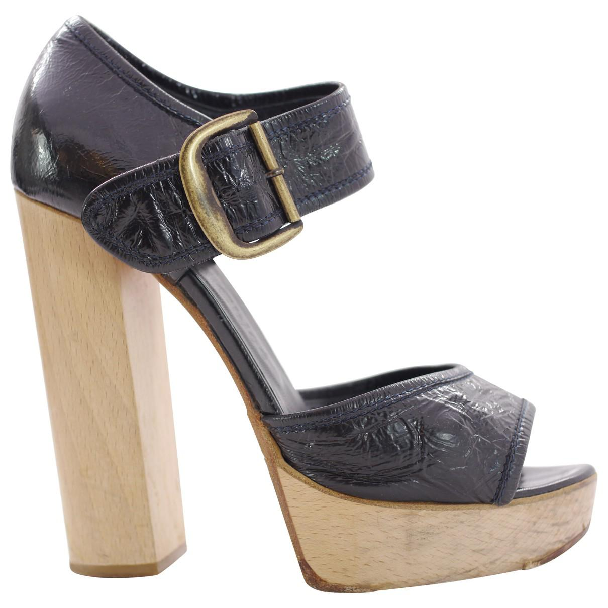 Pre-owned - Patent leather heels Chloé 3VivKydAe7
