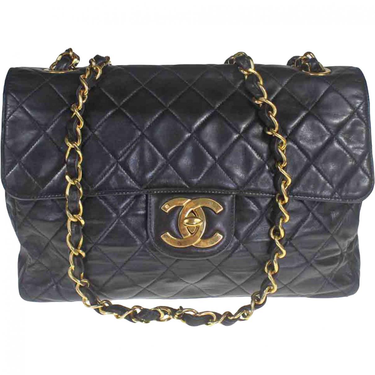 Chanel Women S Pre Owned Black Leather Handbag
