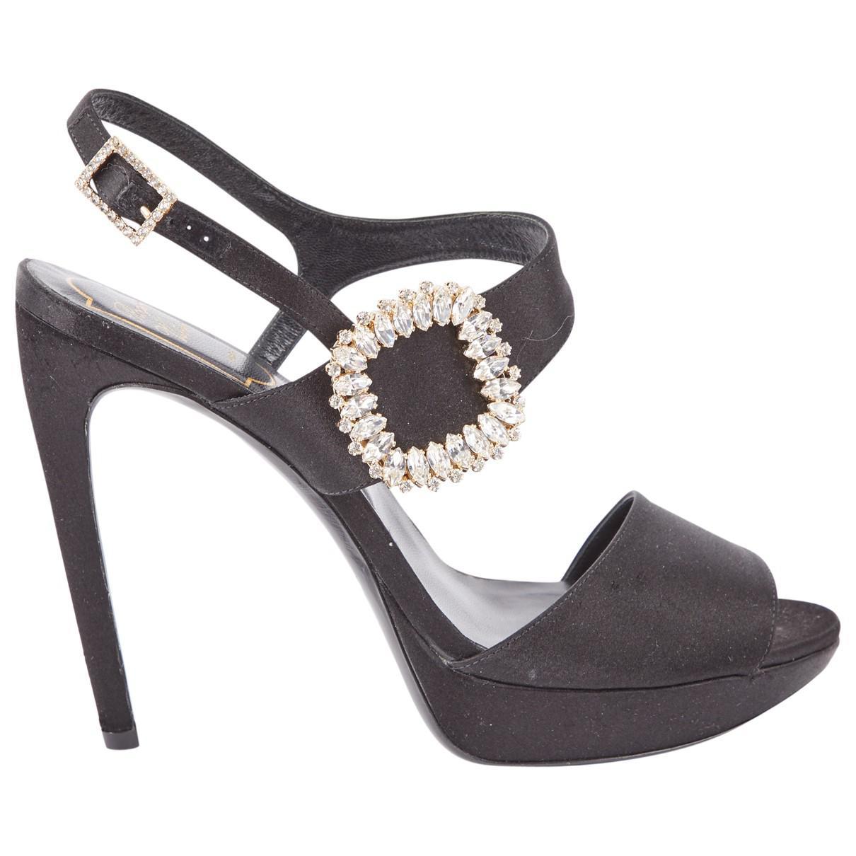 Pre-owned - Cloth sandal Roger Vivier I32xAc8