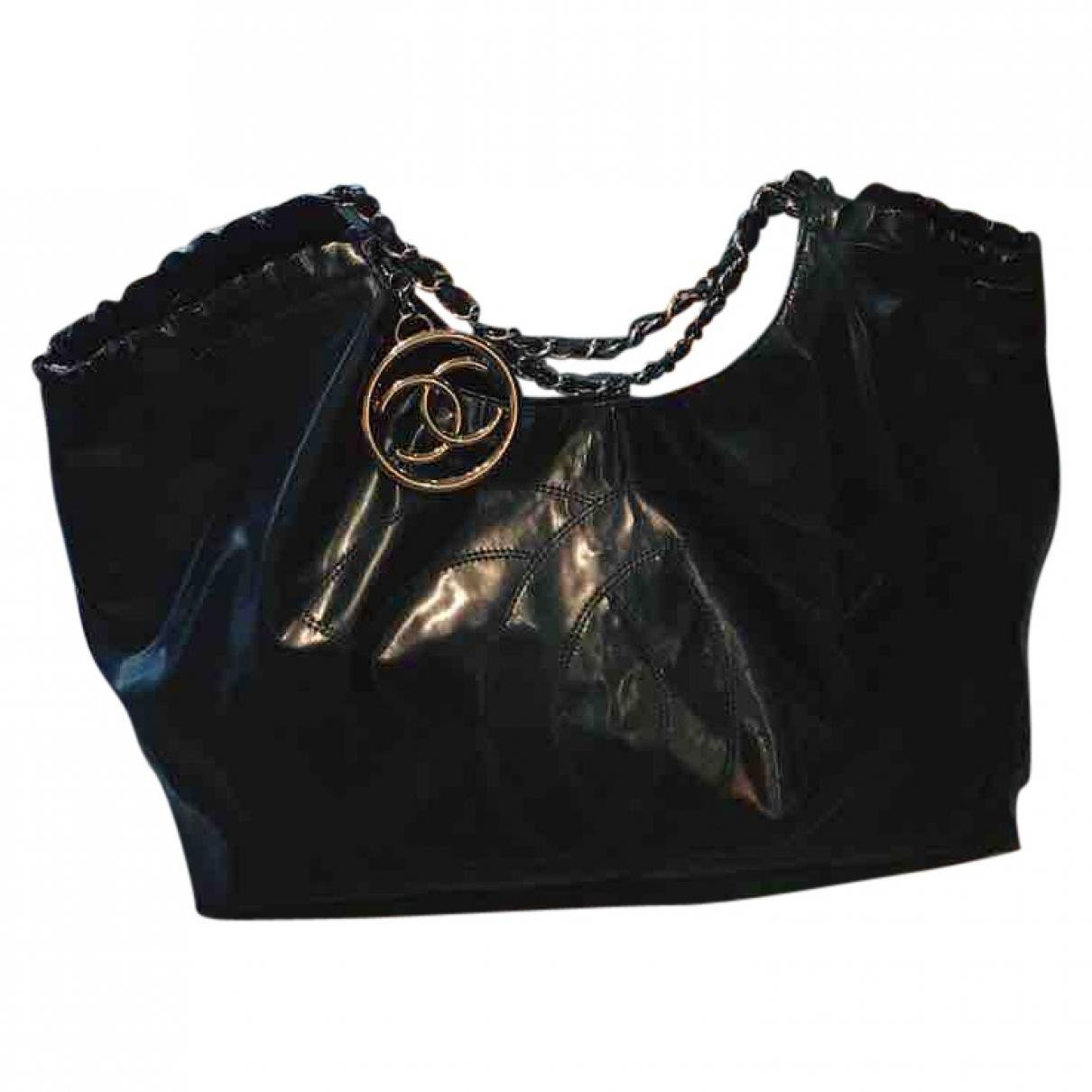 da77de7115df Gallery. Previously sold at: Vestiaire Collective · Women's Black Patent  Leather Handbags ...