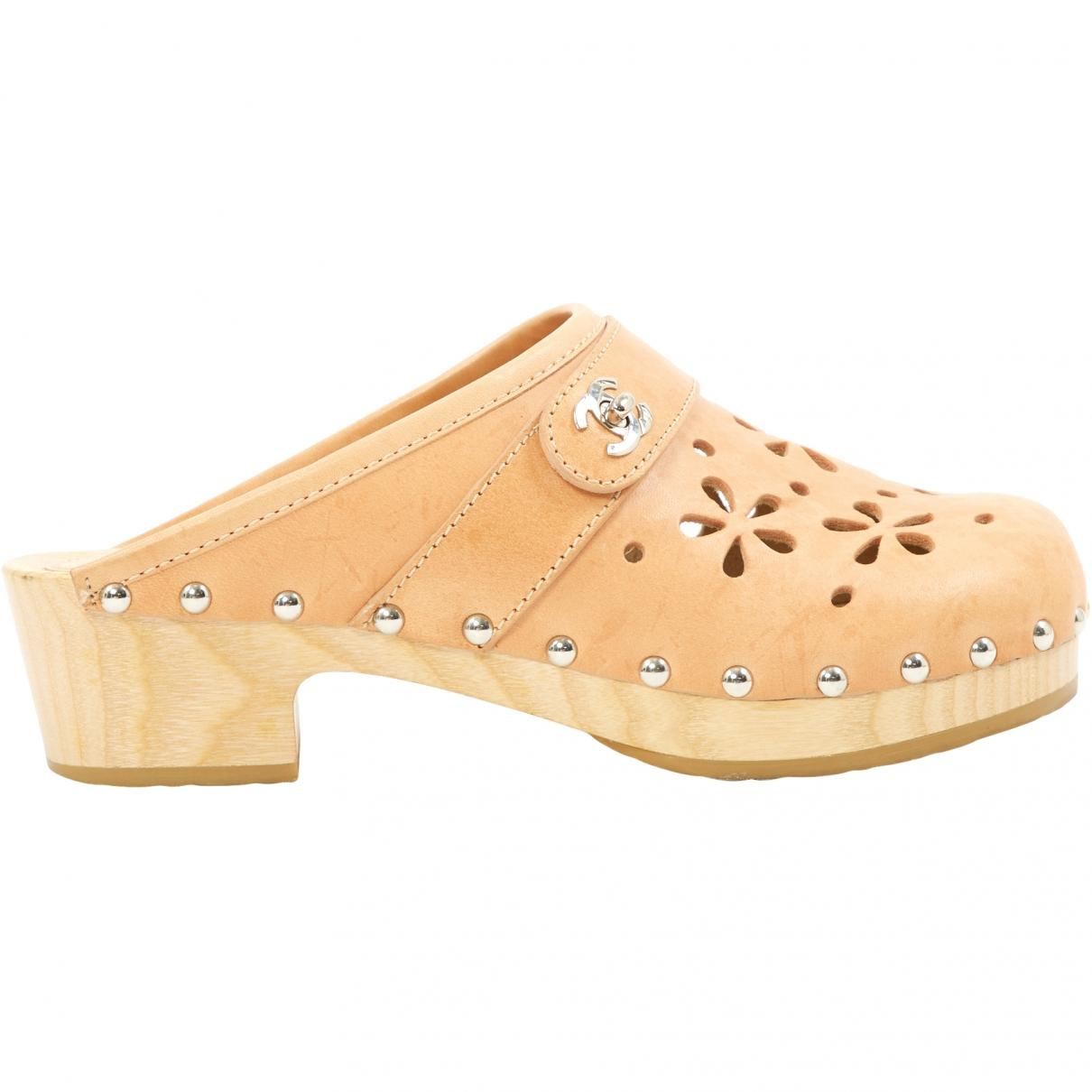 df3428ae054 Chanel. Women s Natural Beige Leather Mules   Clogs. £380 From Vestiaire  Collective