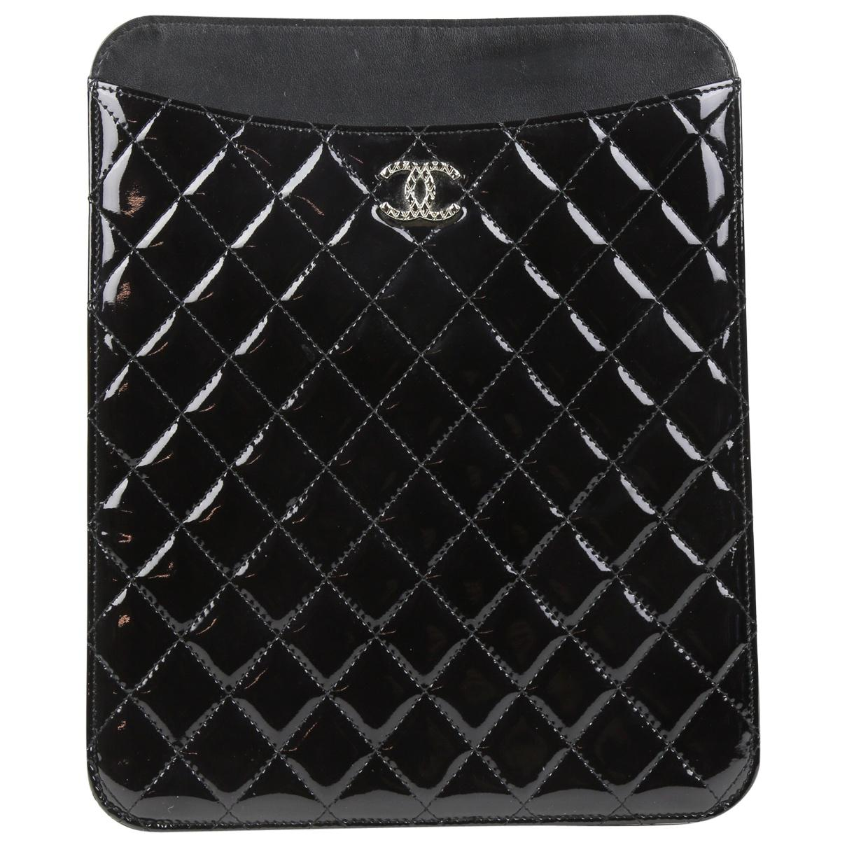 d992ac63e2b9e7 Chanel Ipad Case in Black - Lyst