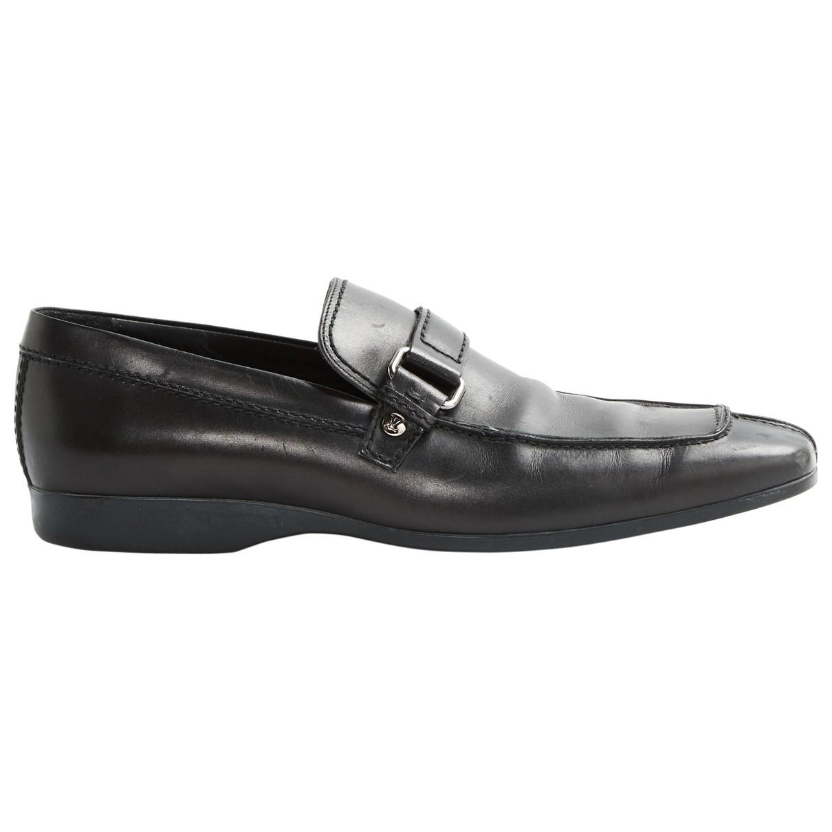 1cabcfe1521d Louis Vuitton. Women s Black Leather Flats.  295  272 From Vestiaire  Collective ...