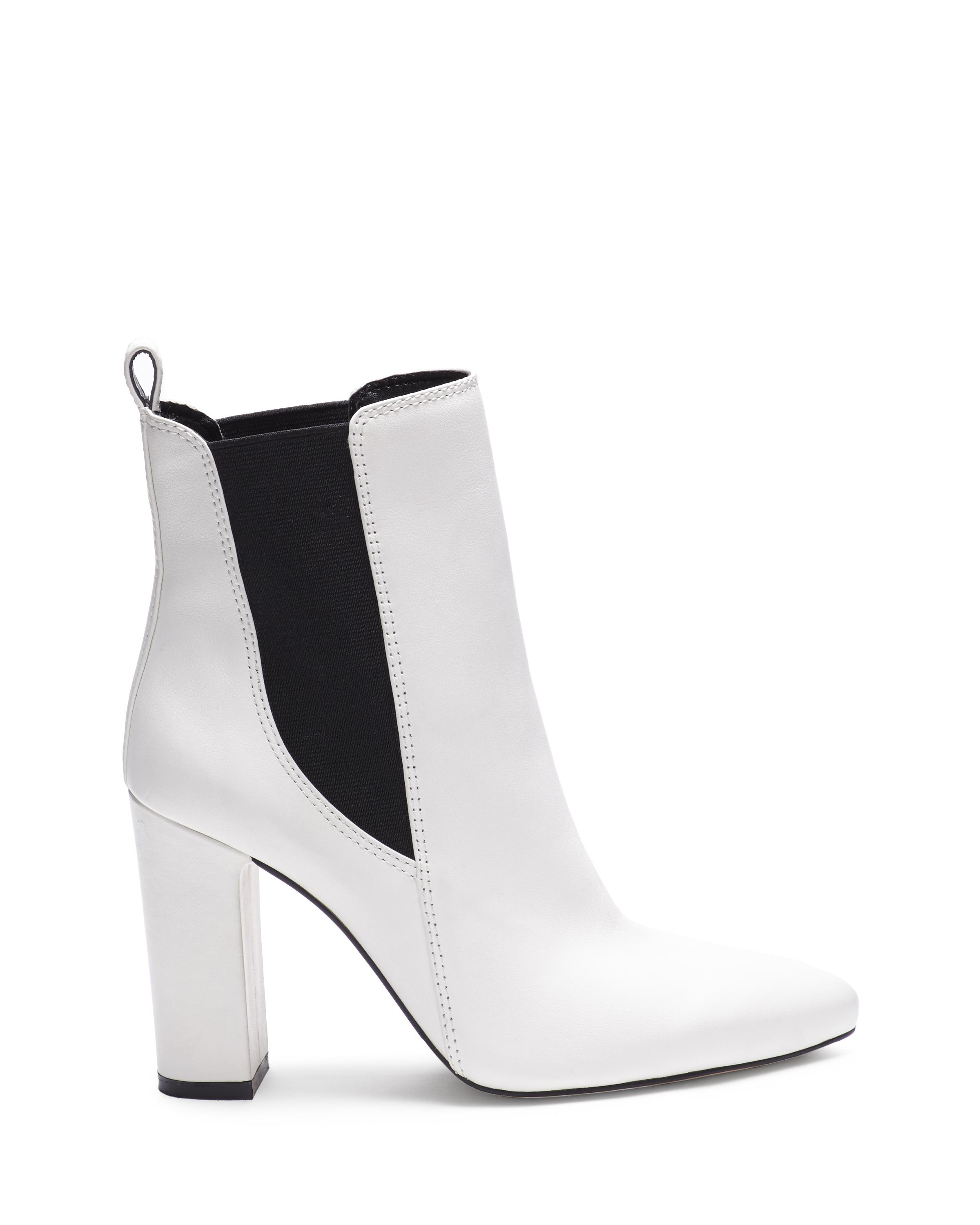 601f138d3655 Vince Camuto Britsy – Block-heel Bootie in White - Lyst