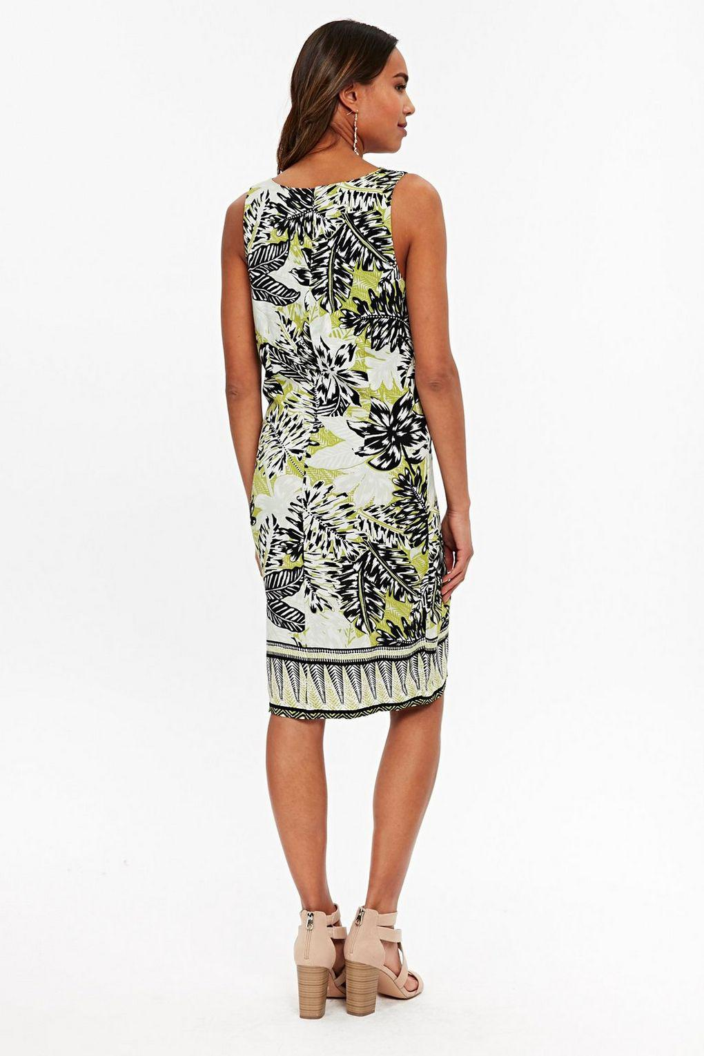 4fb5f137060 Wallis Green Palm Print Shift Dress in Green - Lyst