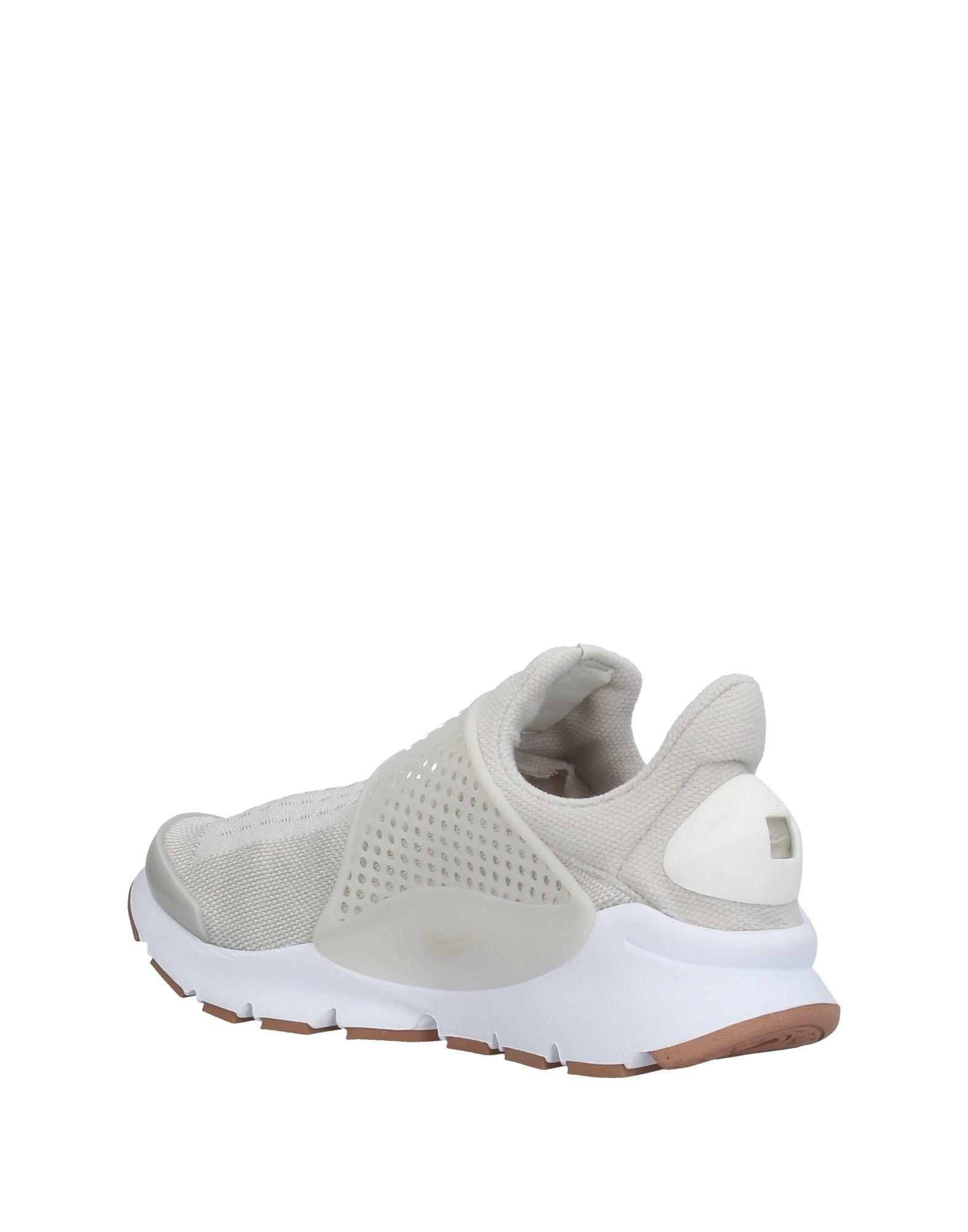 bfaebe45ad85 Nike Low-tops   Sneakers in Natural - Lyst